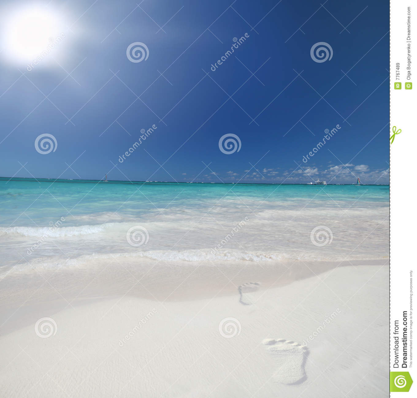 Tropical Beach And Peaceful Ocean: Tropical Beach And Ocean With Footprints Stock Image