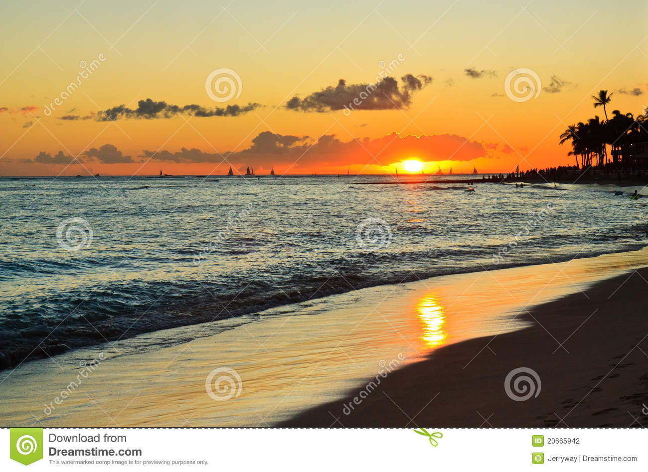 Romantic Pictures Of Tropical Beaches: Tropical Beach Sunset, Romantic Getaway, Hawaii Stock