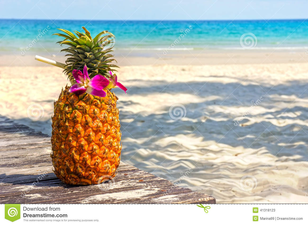 Pineapple At The Beach: Tropical Exotic Pineapple Cocktail At The Beach Stock