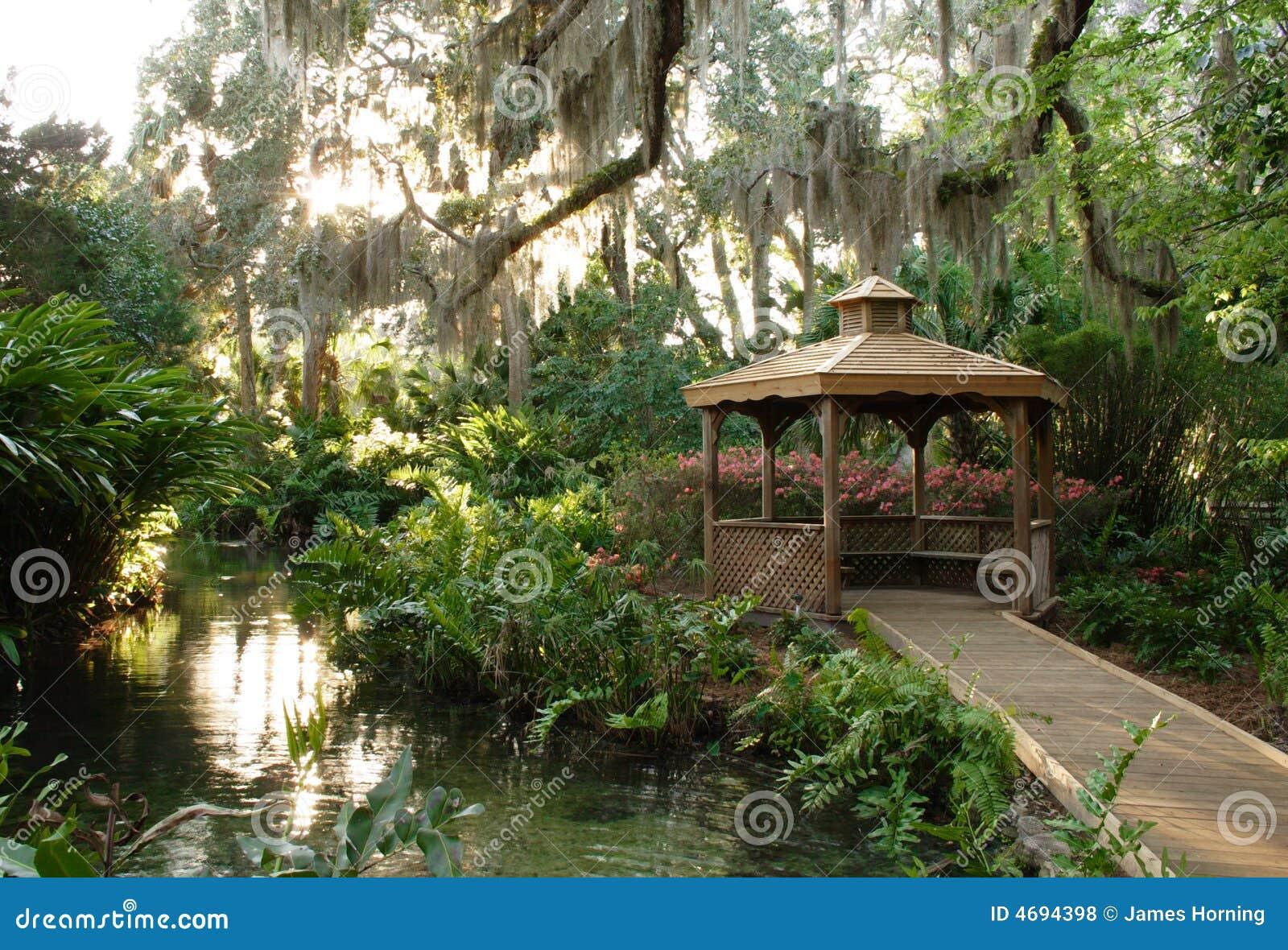 Tropical Garden Gazebo Royalty Free Stock Photos Image