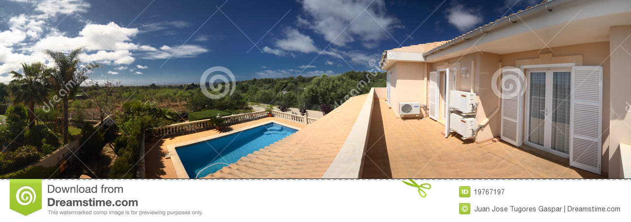 Tropical house and pool