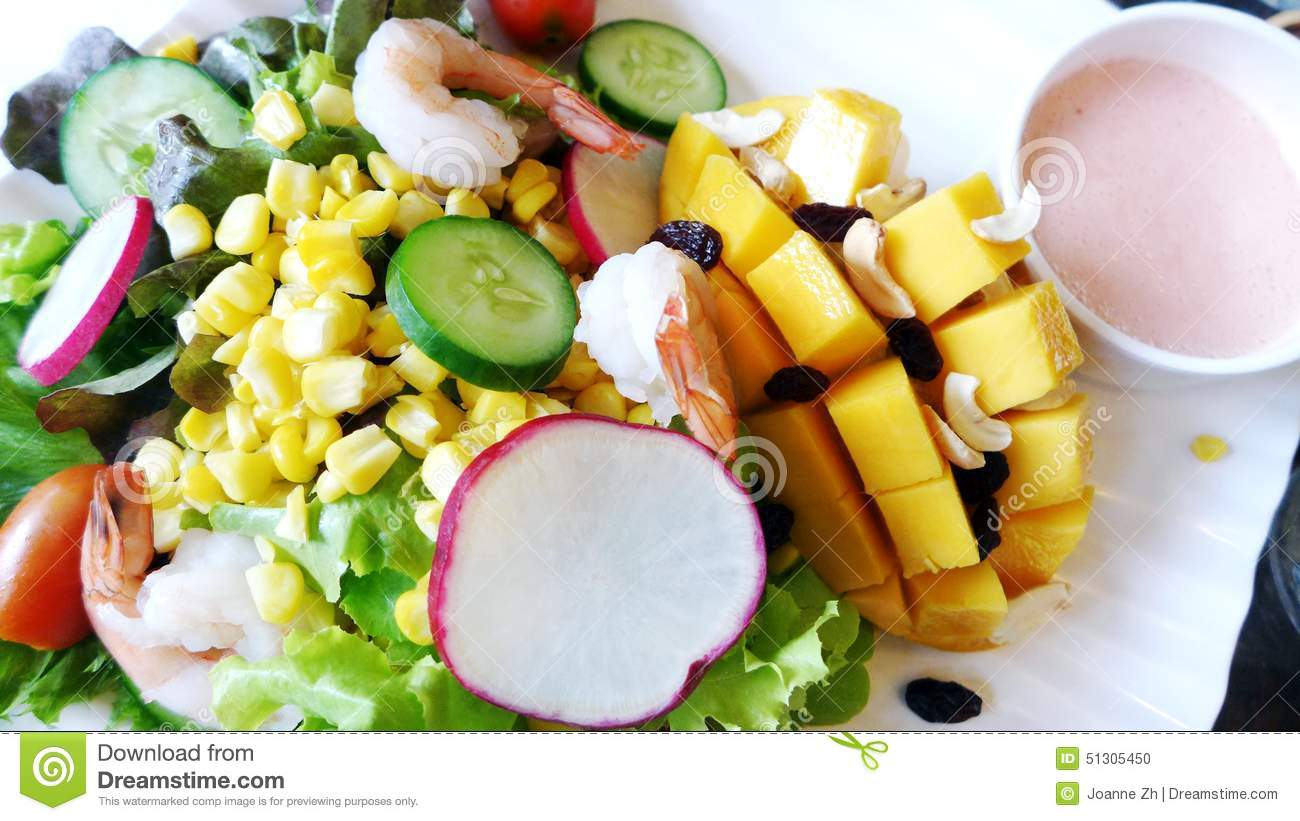 Salad - mango & shrimps
