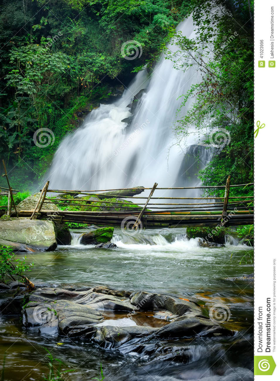 pha dok xu waterfall -#main