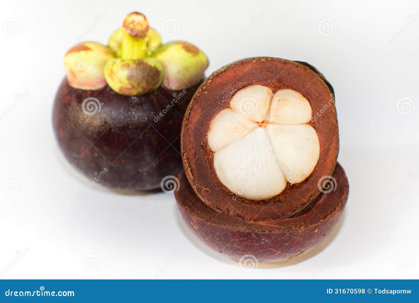tropicaux asiatiques savent comme fruit de mangoustan sur le fond blanc photos libres de droits. Black Bedroom Furniture Sets. Home Design Ideas