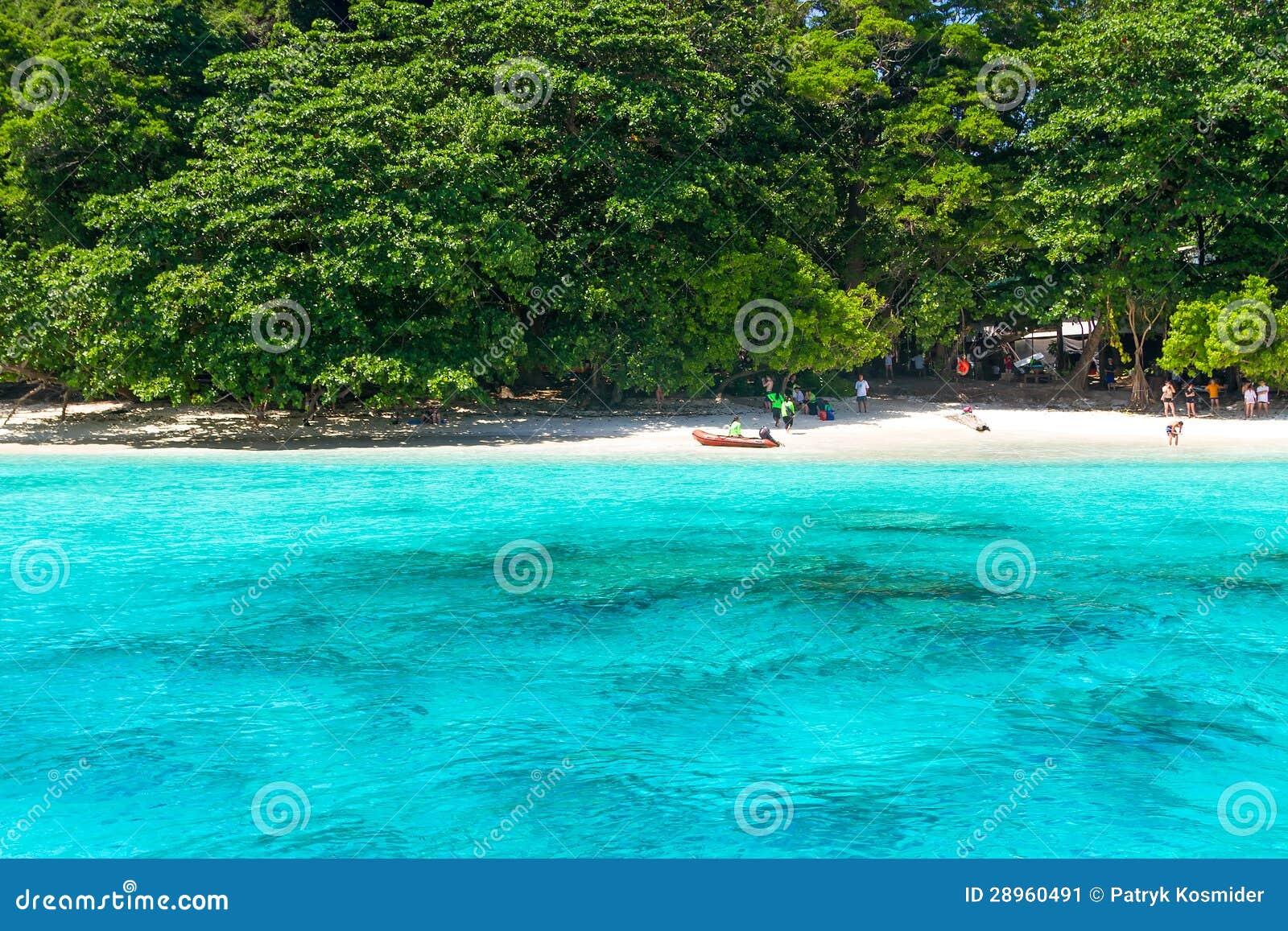 Tropikalna plaża Similan wyspy w Tajlandia