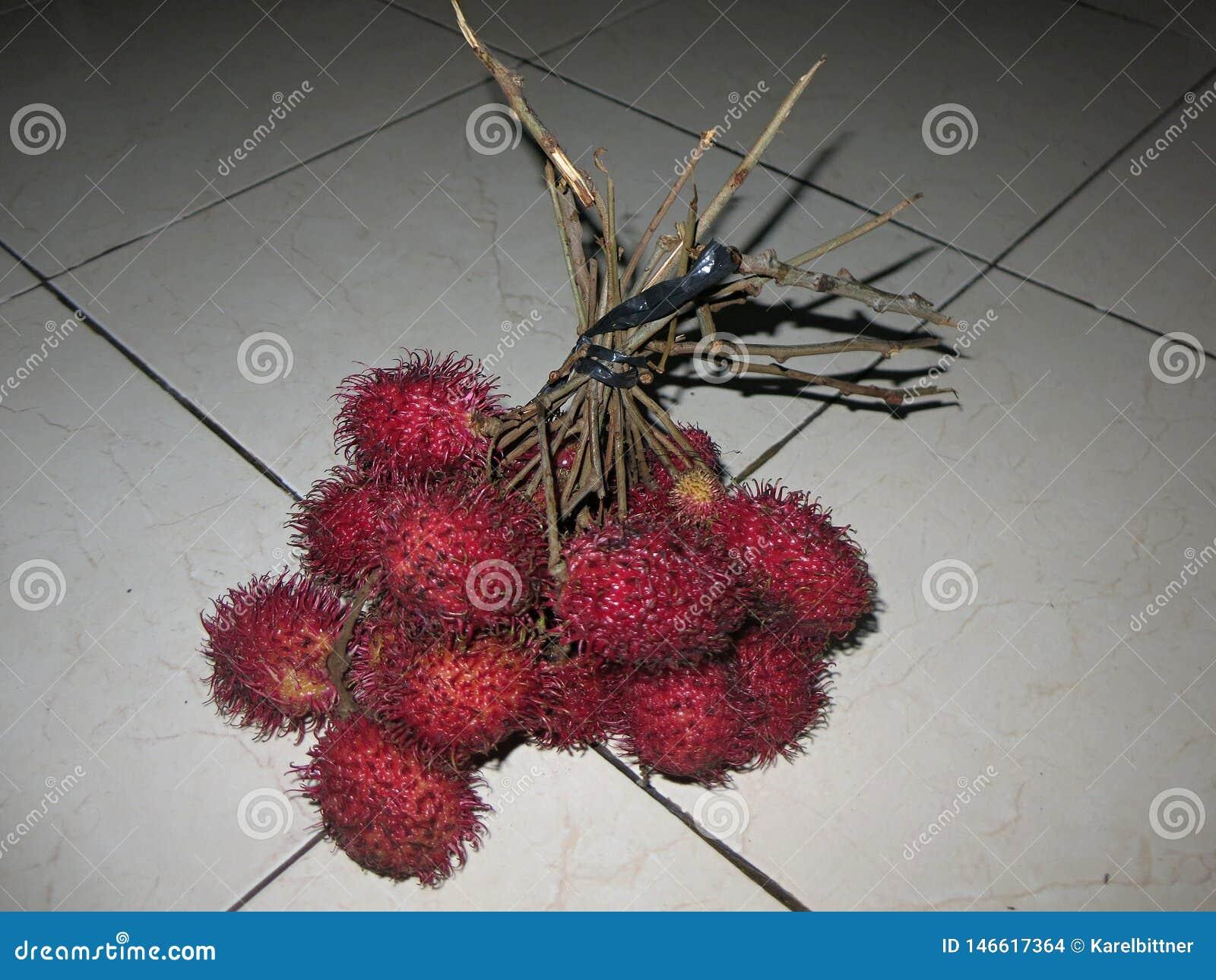 Tropikalnej owoc cukierki i świeży smak, szeroko rozprzestrzeniamy i r w Azja Źródło witaminy i zdrowie