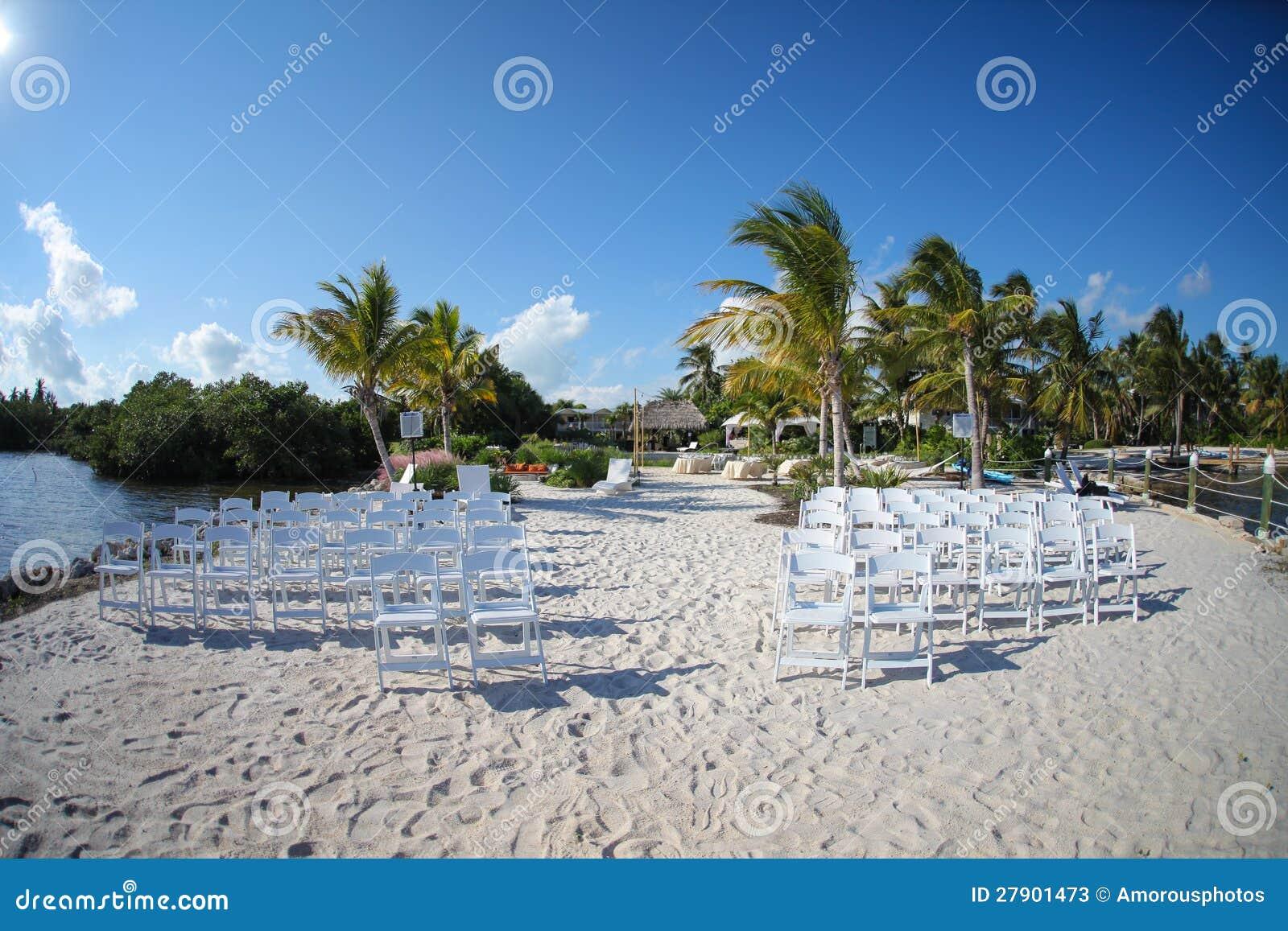 Tropisch strandhuwelijk