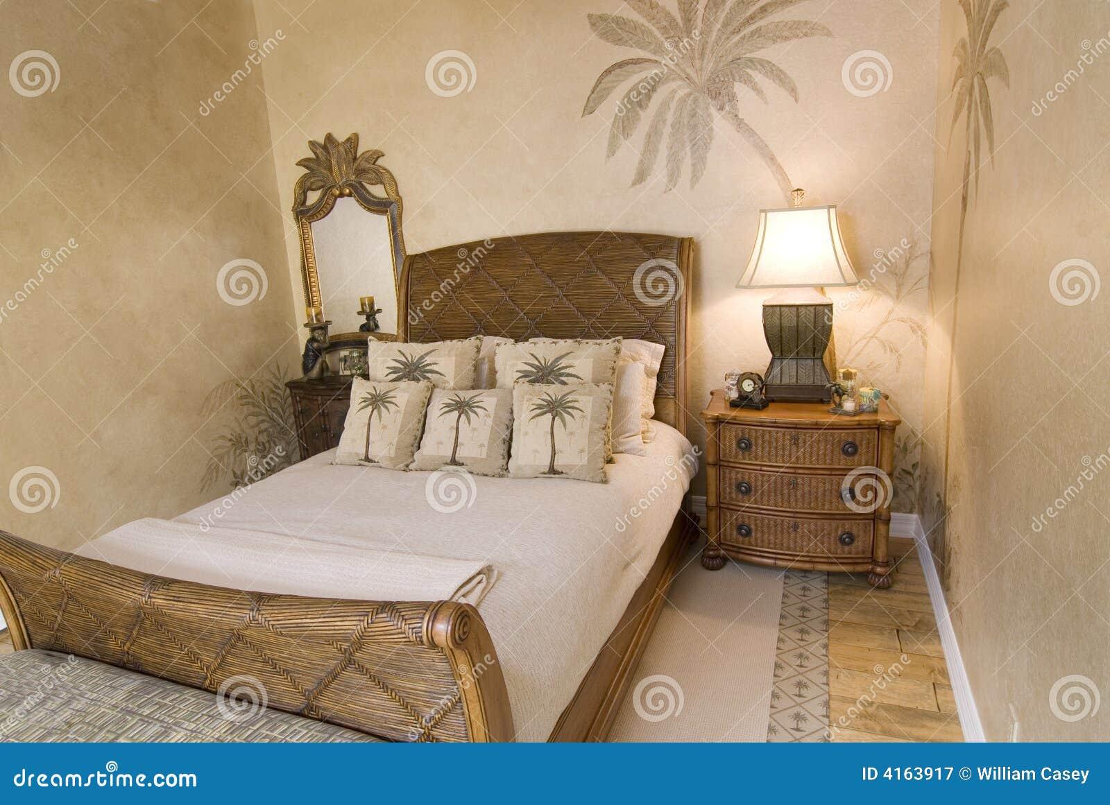Tropisches Rattan-Schlafzimmer Stockbild - Bild von entwerfer, haus ...