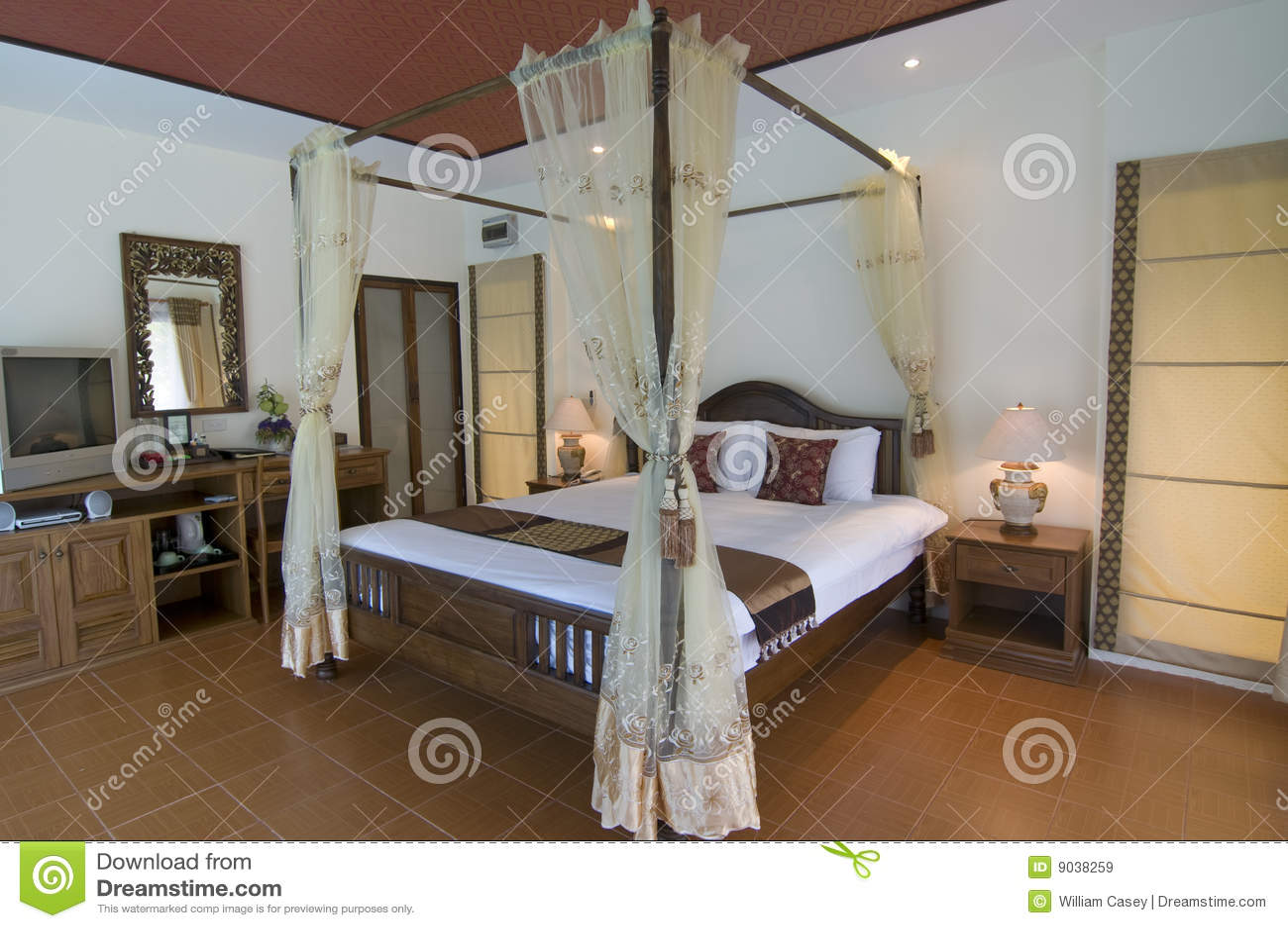 Tropisches schlafzimmer der orientalischen art lizenzfreie ...