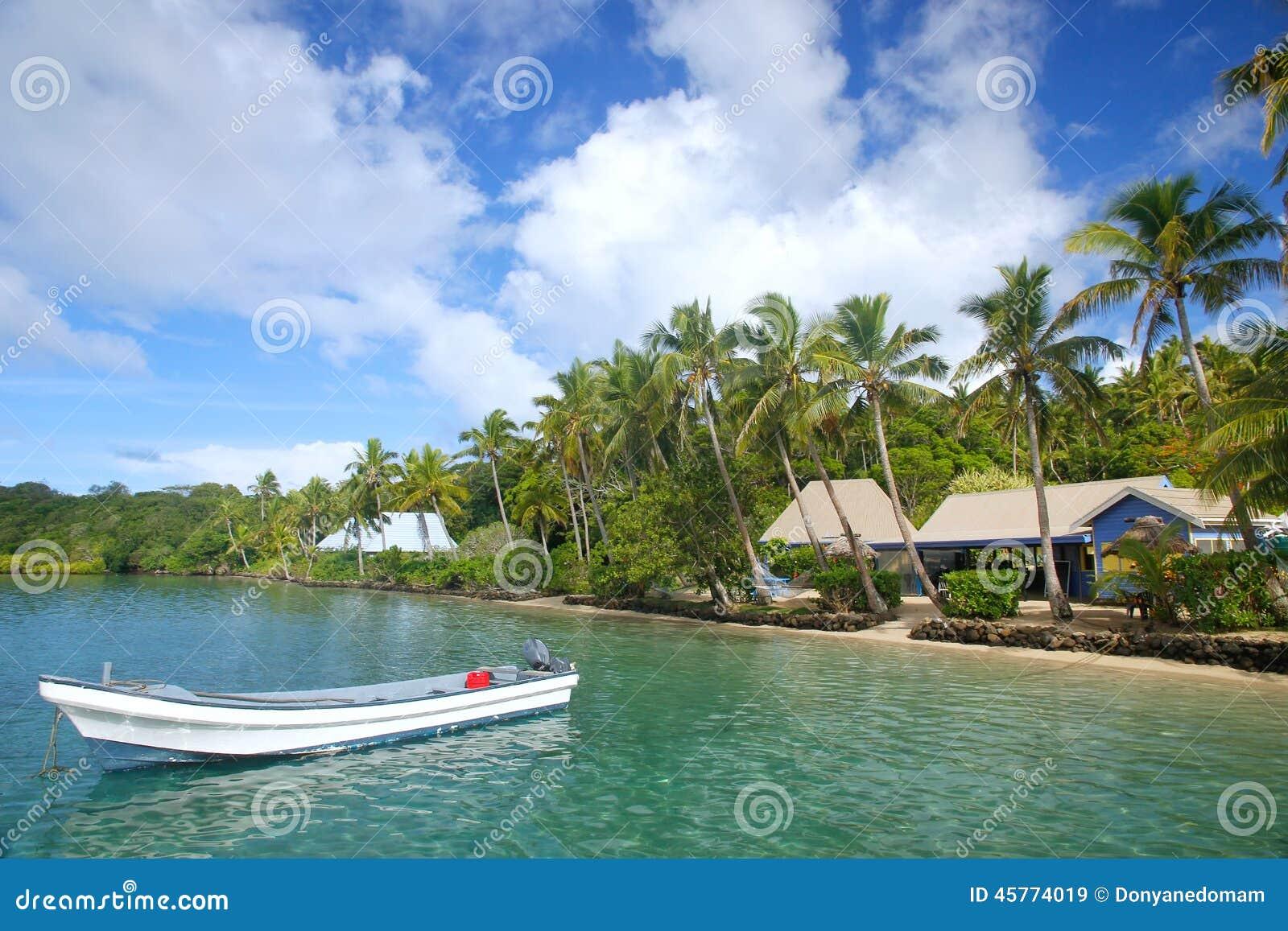 Tropisk semesterort på Nananu-jag-rommar ö, Fiji