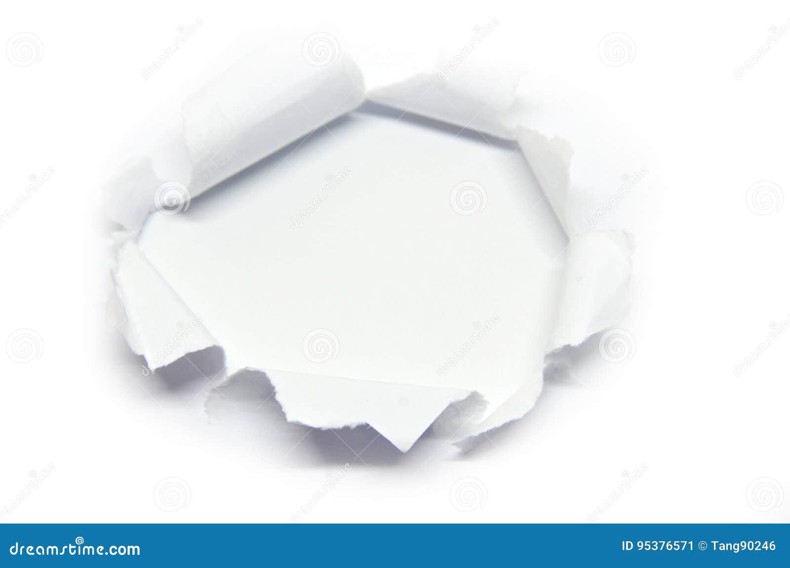 Trou dans le papier avec le côté déchiré