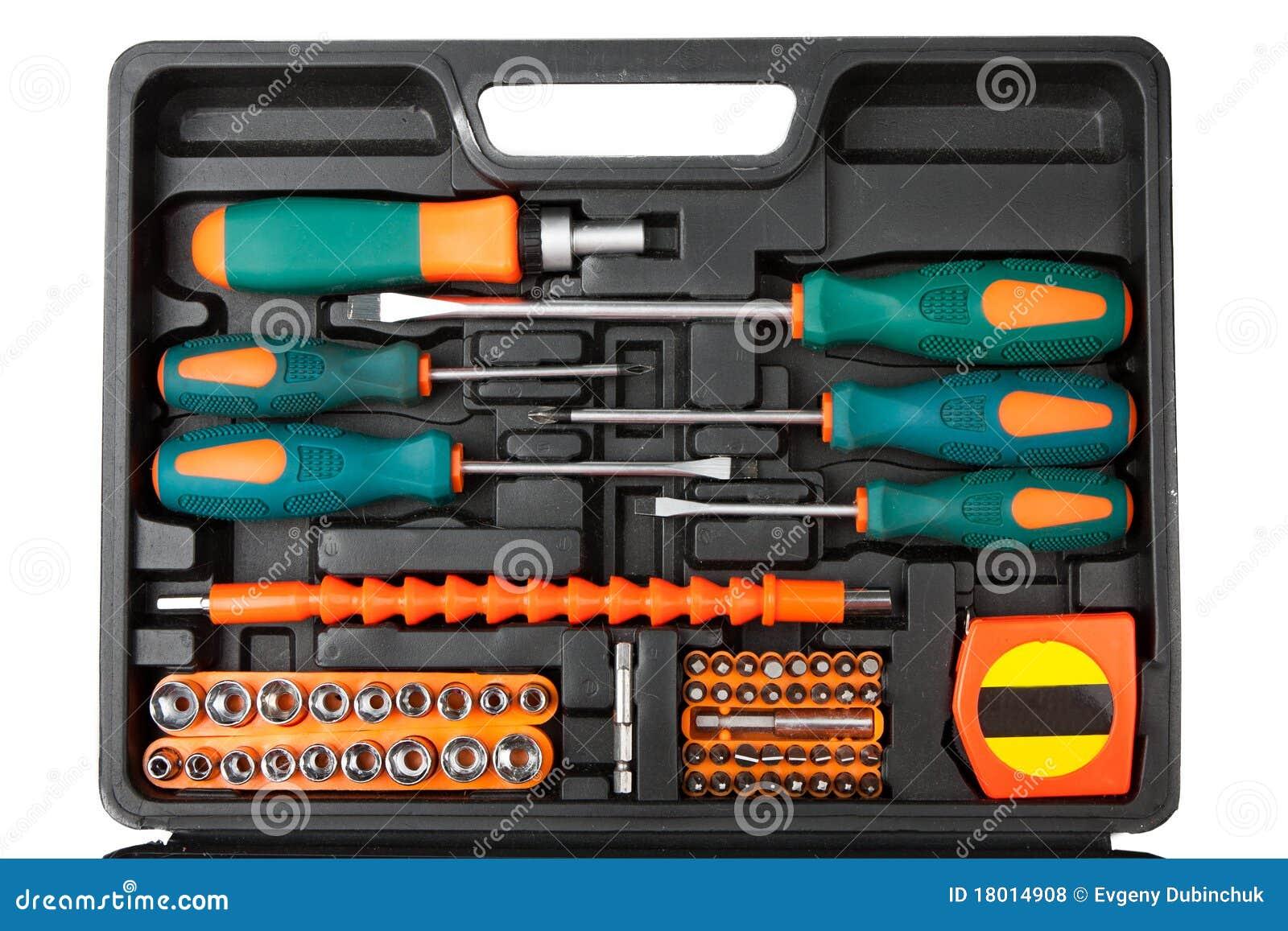 Trousse à outils dans la boîte noire d isolement sur le blanc