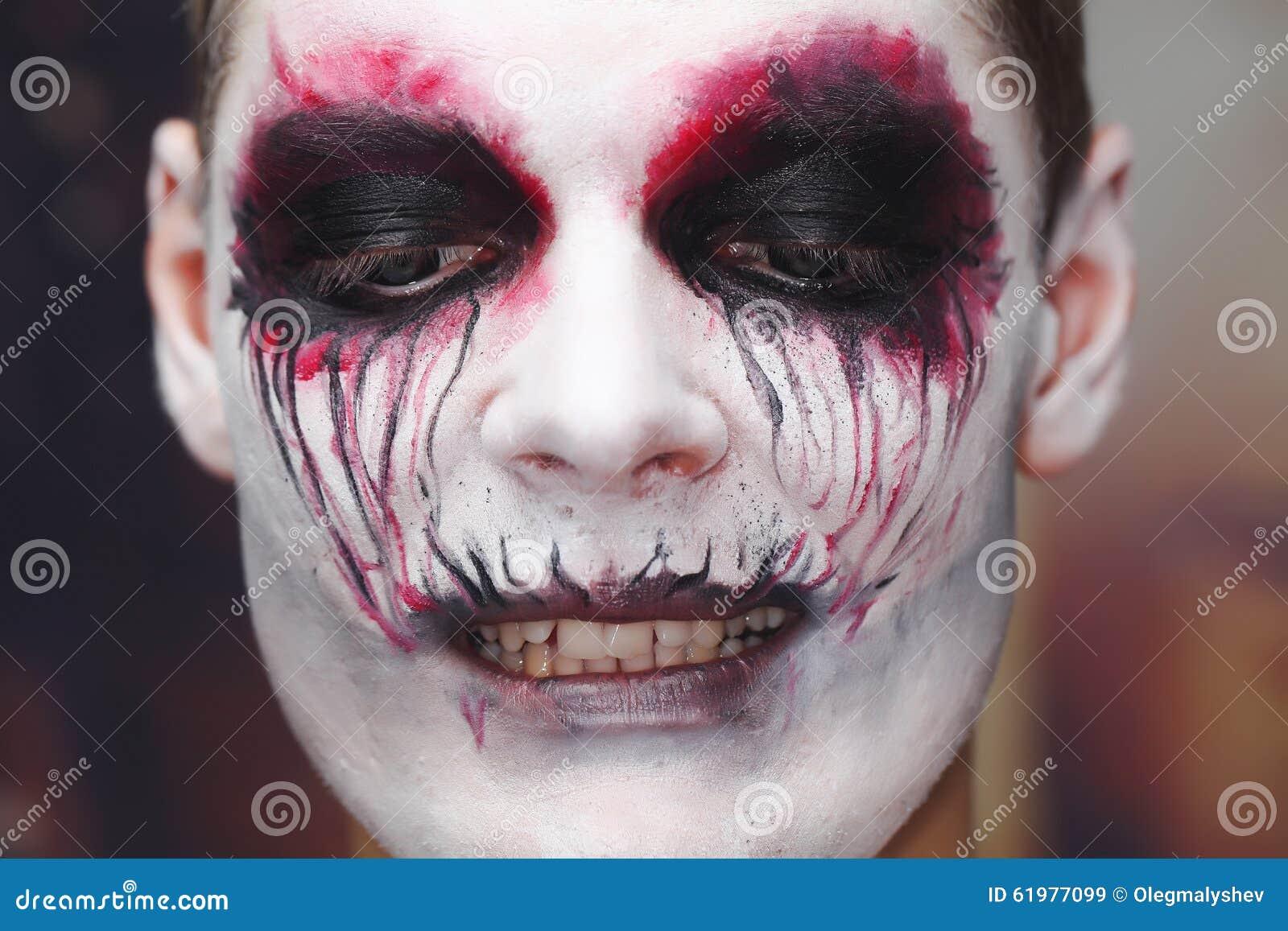 Trucco Halloween dell'uomo immagine stock. Immagine di ...