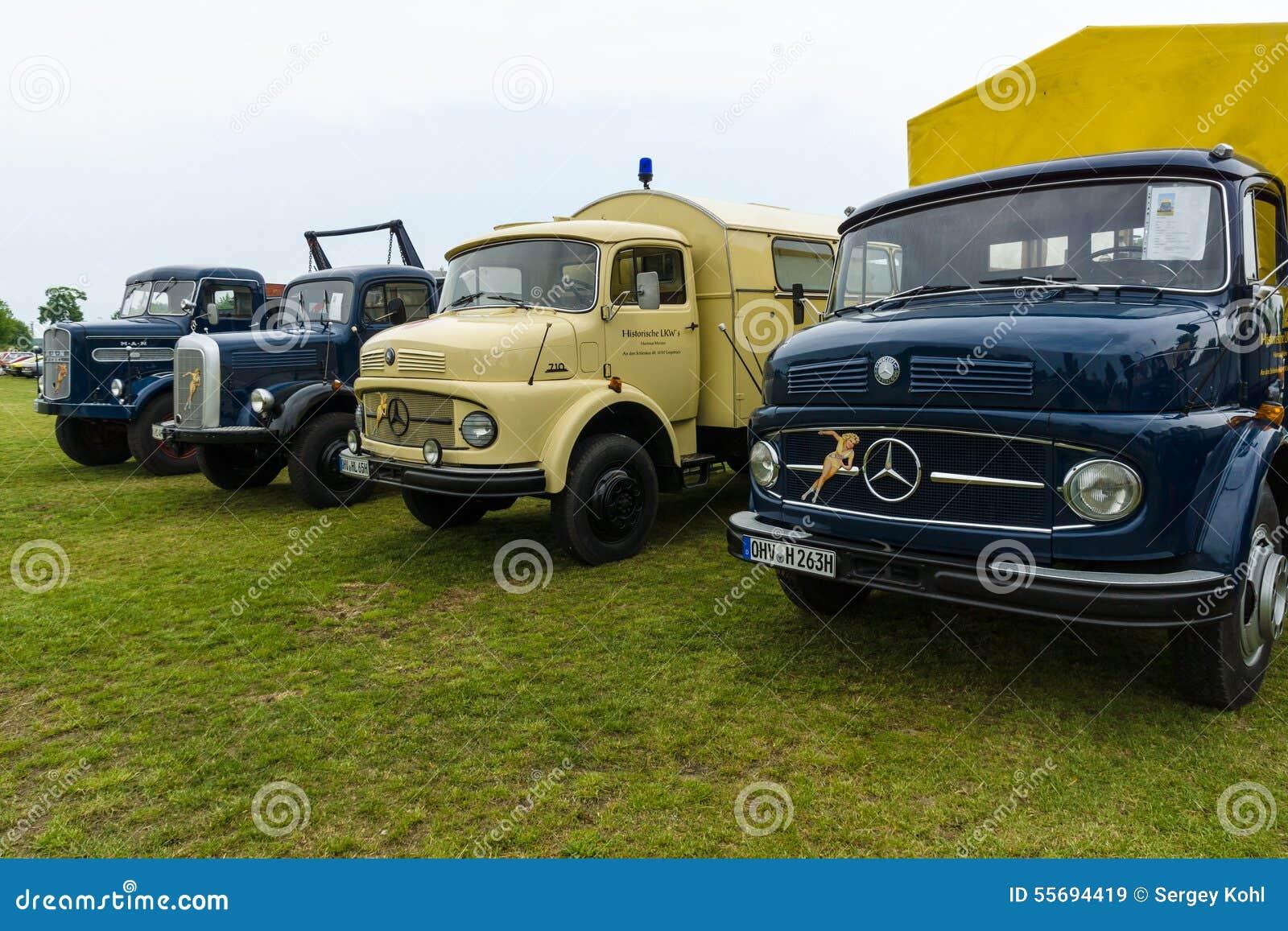trucks daimler benz l323 mercedes benz la 710 daimler benz laf 311 36 and man 620 l1. Black Bedroom Furniture Sets. Home Design Ideas