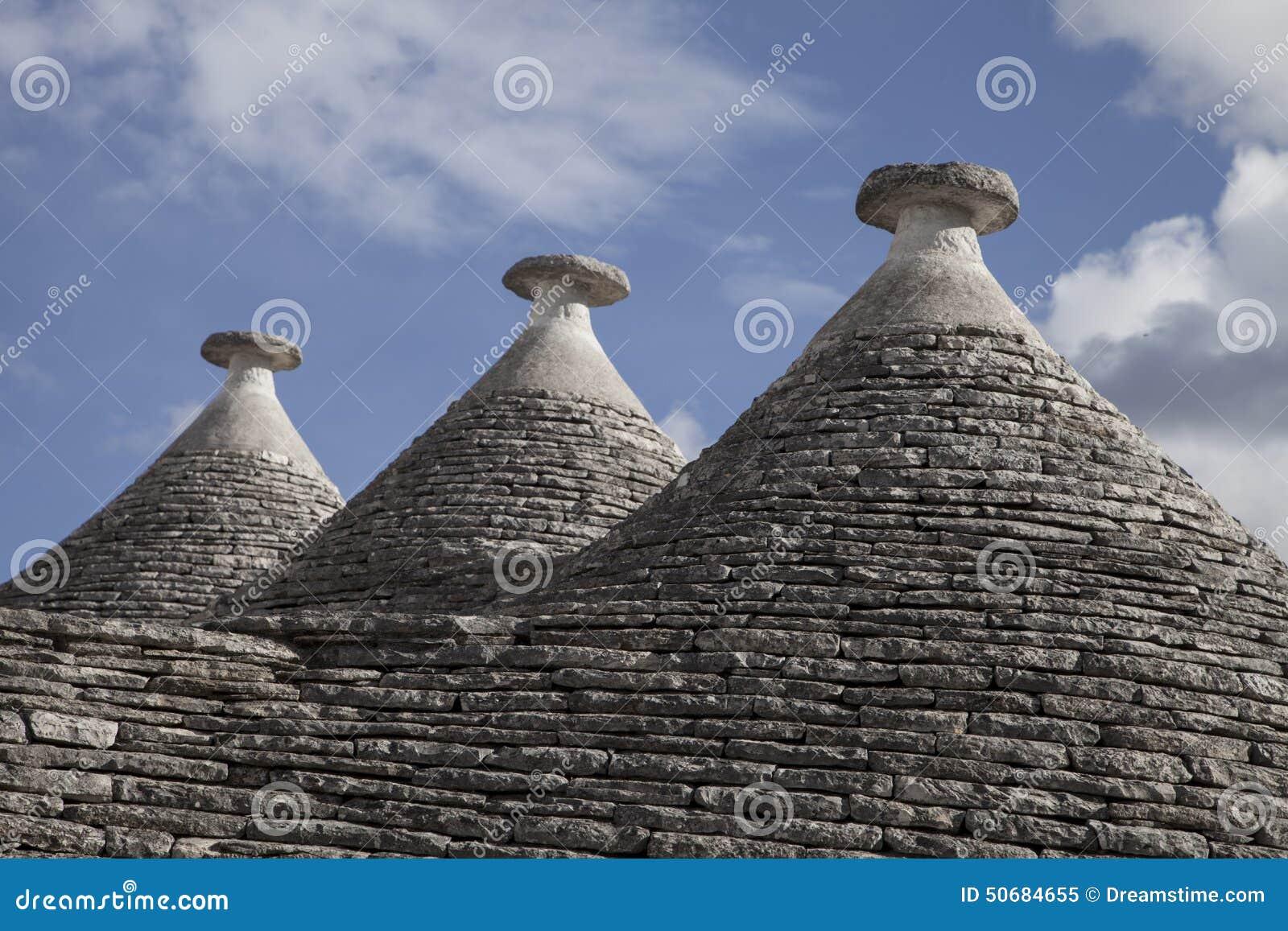 Download Trulli,阿尔贝罗贝洛,普利亚,意大利 库存图片. 图片 包括有 美丽如画, 石峰, 半球形, 居住 - 50684655