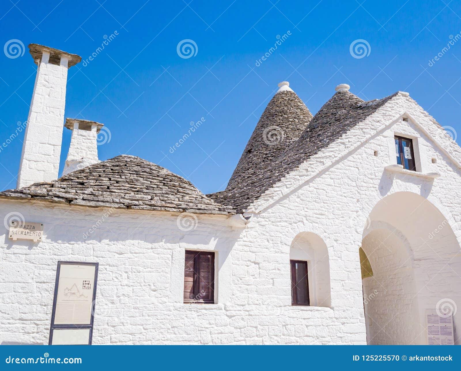 Trullo Maggiore, Alberobello, UNESCO dziedzictwo, Puglia, Włochy