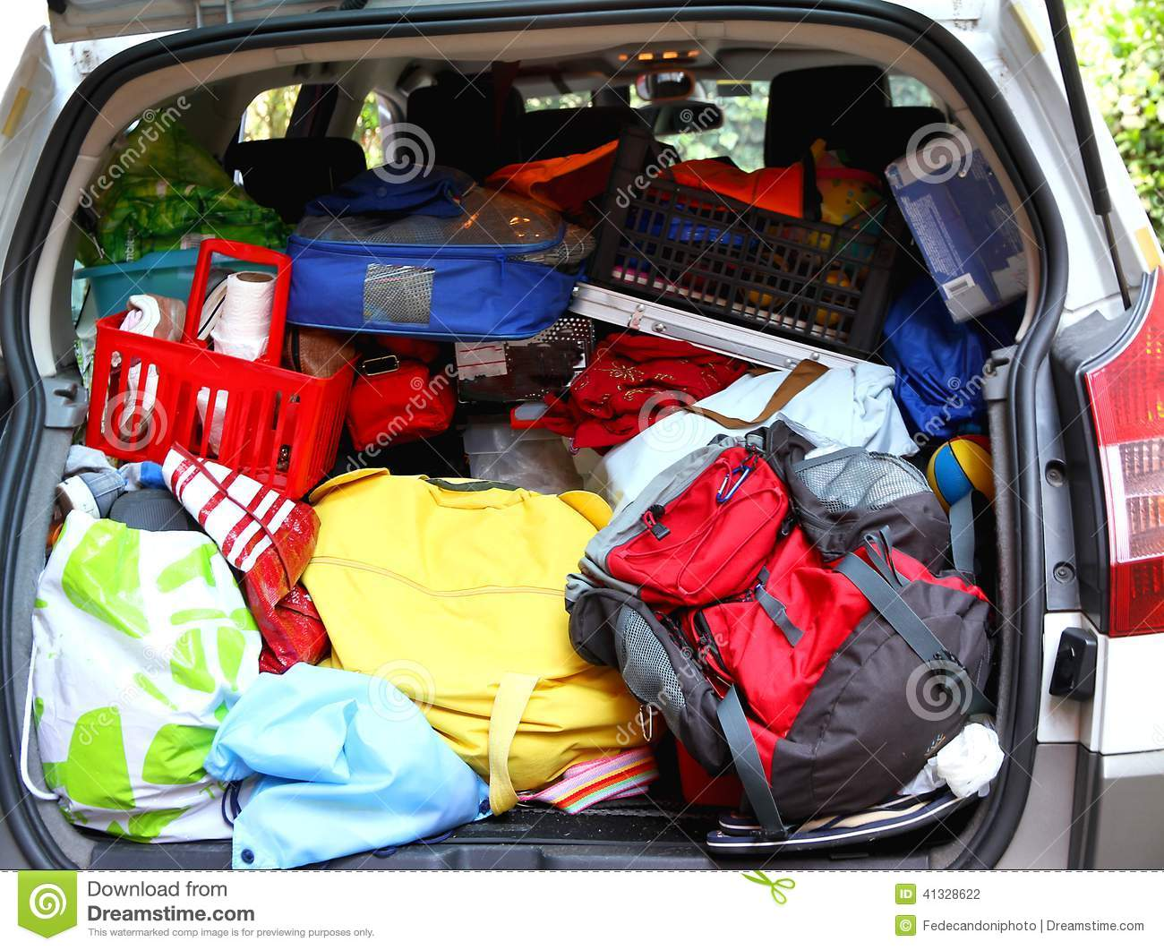 trunk full of luggage and bag of the family before leaving for v stock photo image 41328622. Black Bedroom Furniture Sets. Home Design Ideas