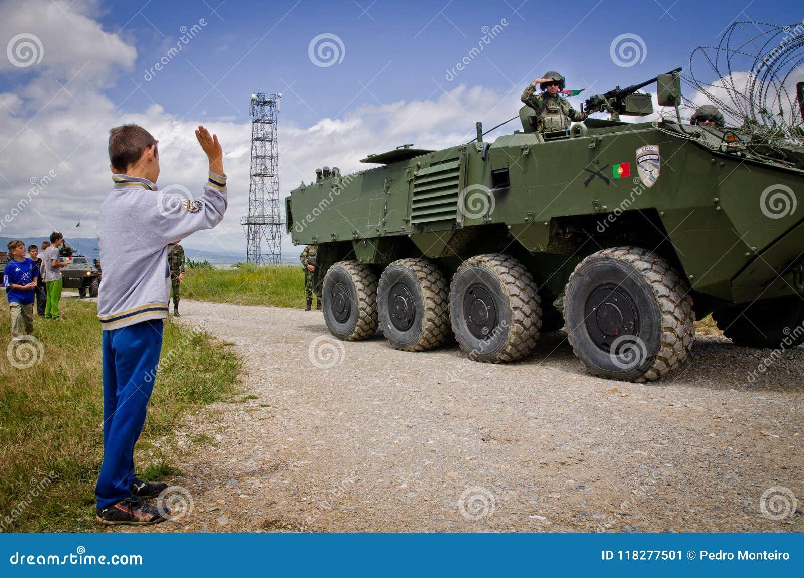 Truppe di NATO pronte per spiegamento internazionale