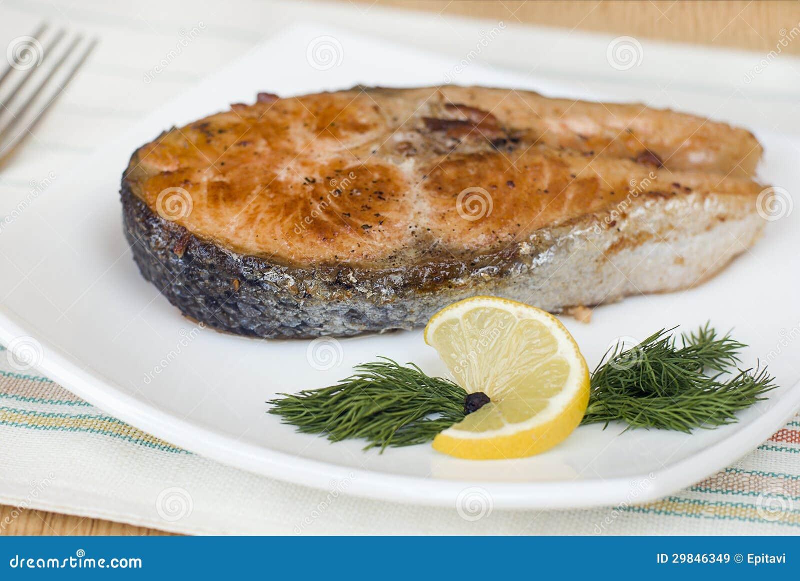 Truta fritada bife