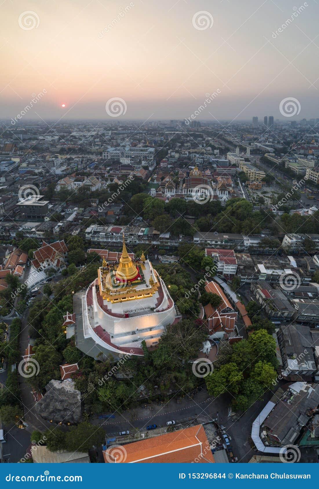 Trutnia strzał Złota góra przy Bangkok Tajlandia