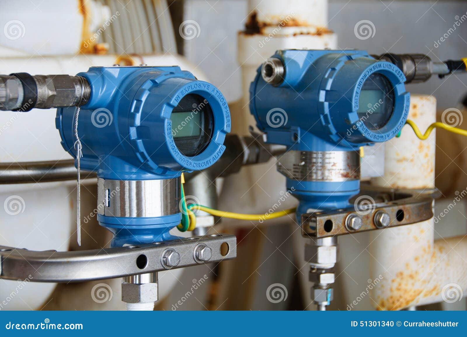 Trycksändaren i fossila bränslenprocess, överför signalen till kontrollant- och läsningtryck i systemet