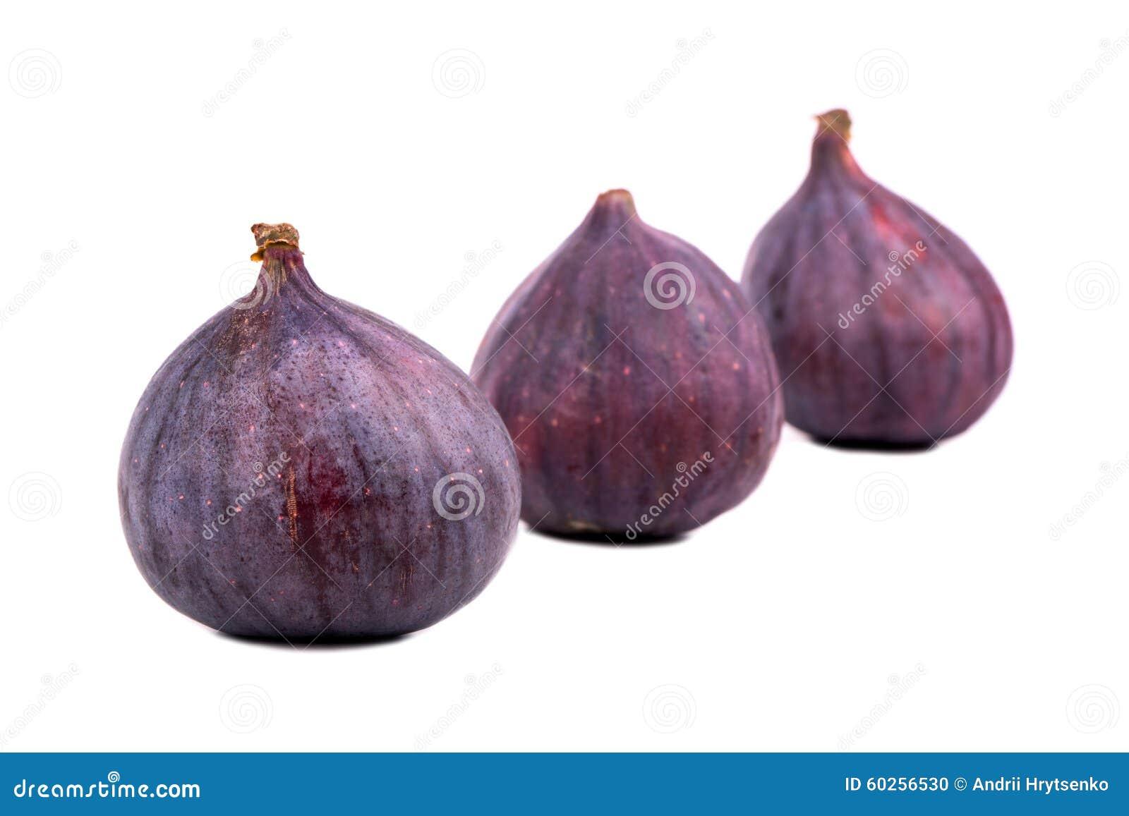 Trzy świeże figi