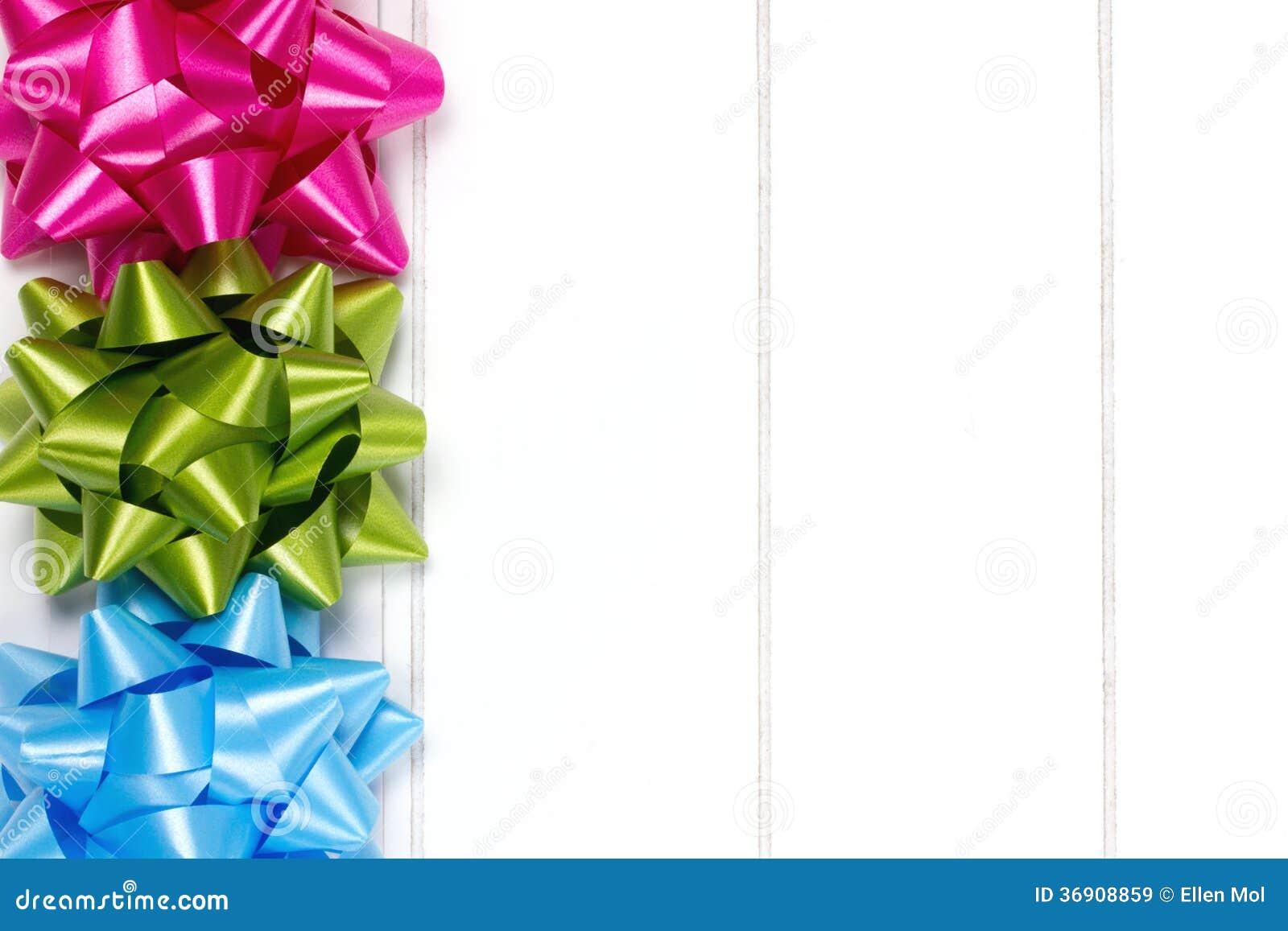 Trzy prezenta łęku wypiętrzającego