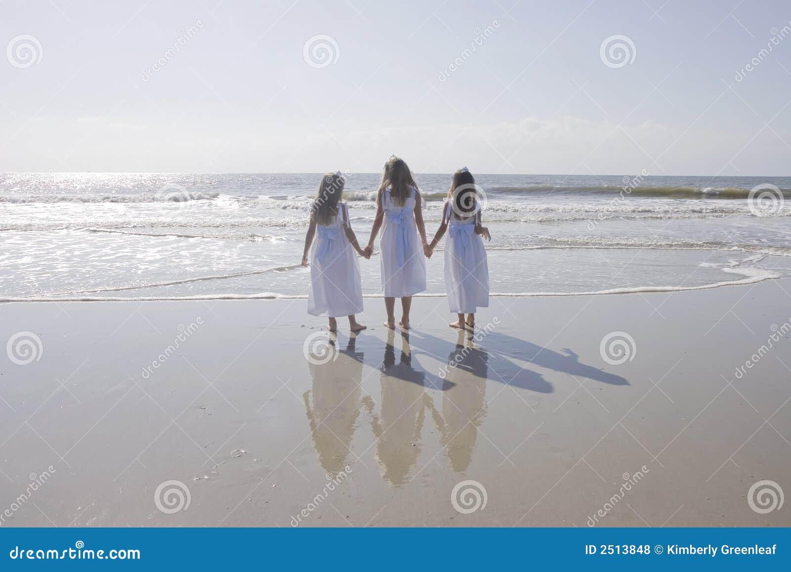 Trzymaj ręce girlss 3