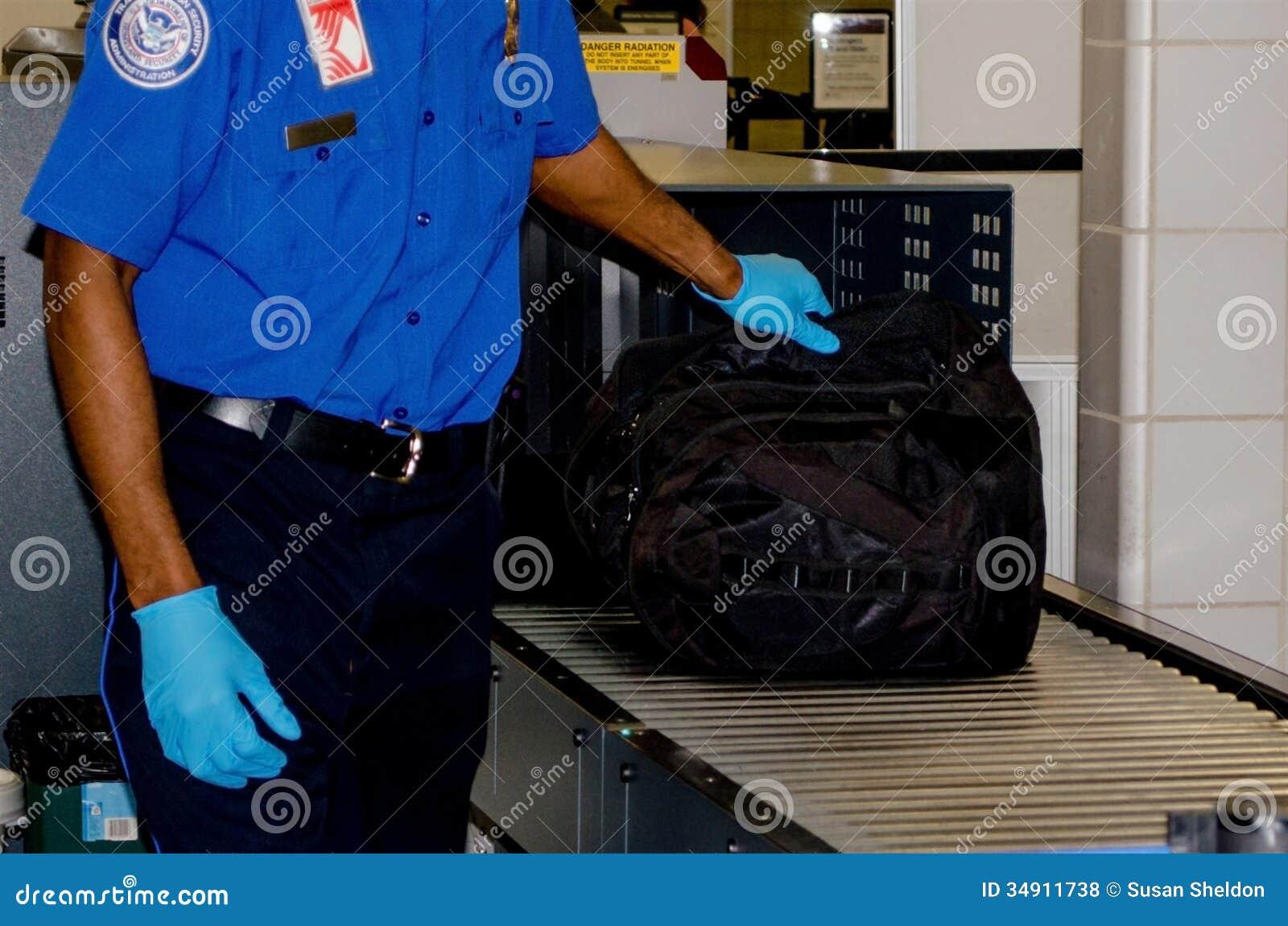 TSA obchodzi się torbę