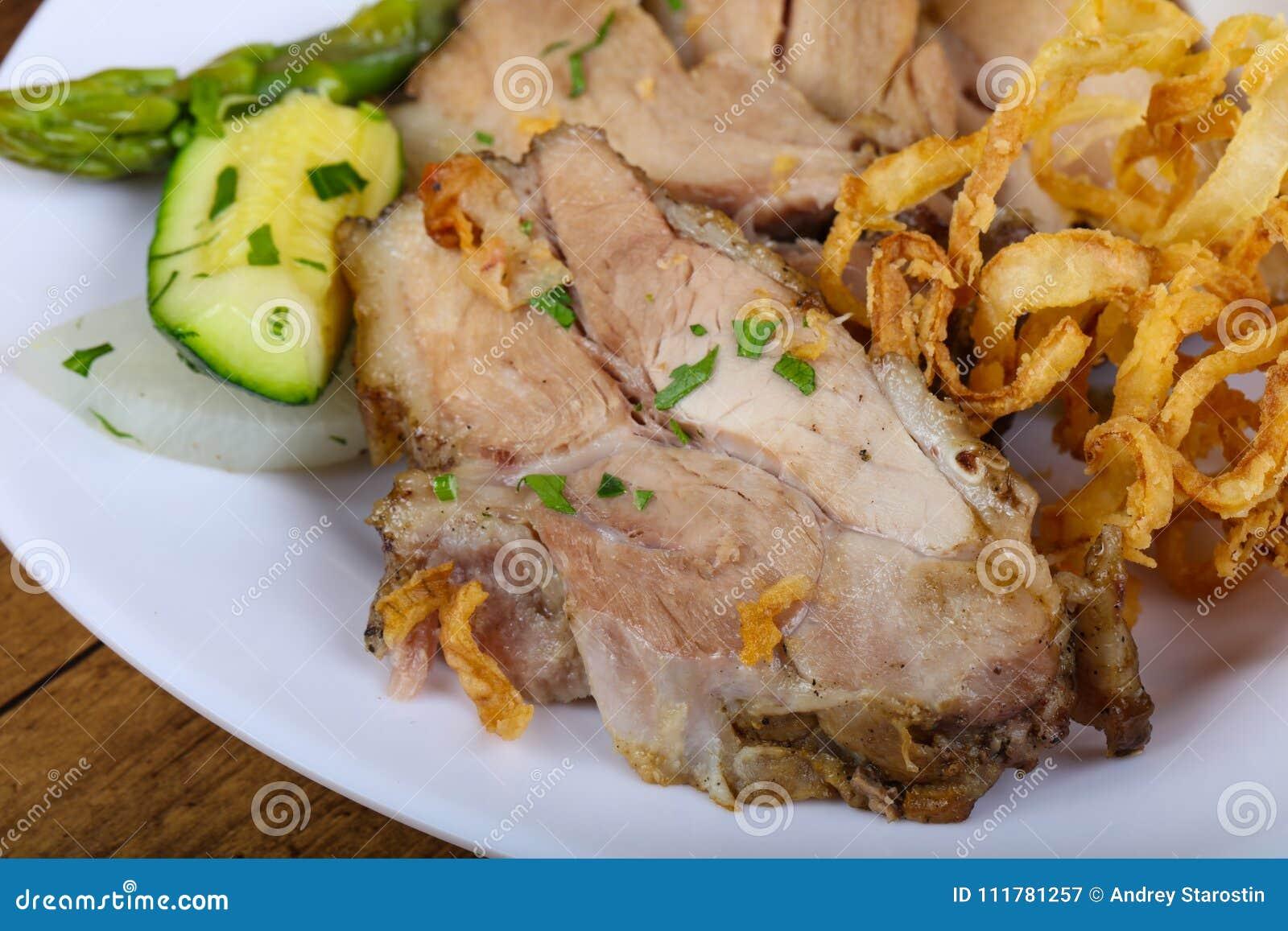 Tschechische Küche - gebratenes Schweinefleisch