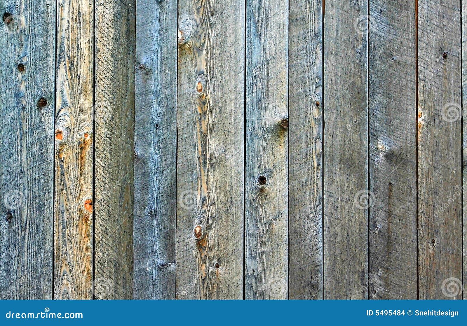 Tätt staket som skjutas upp trä arkivbilder   bild: 5495484