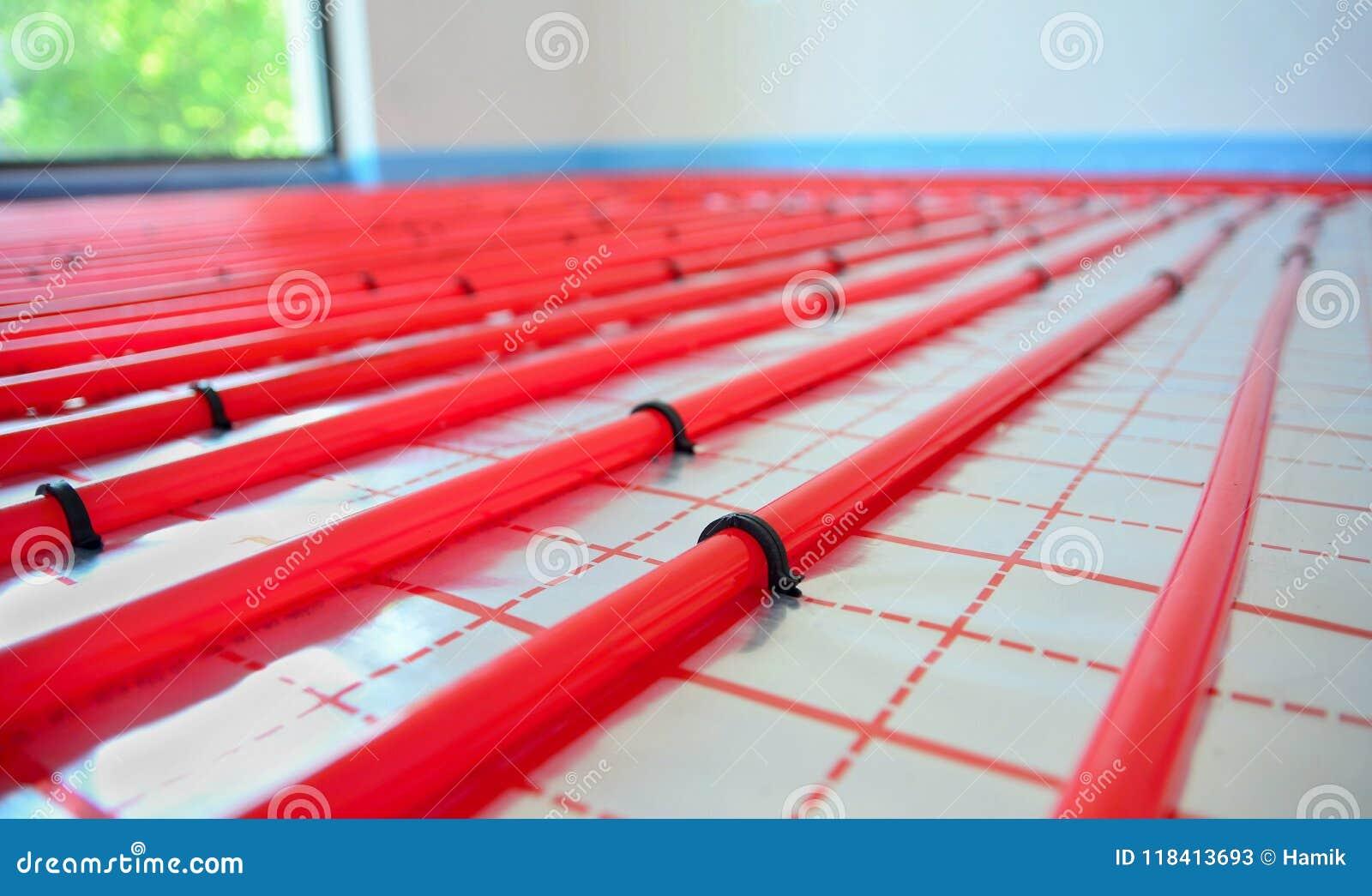 Riscaldamento A Pavimento Tubi tubi del riscaldamento a pavimento dell'acqua immagine stock