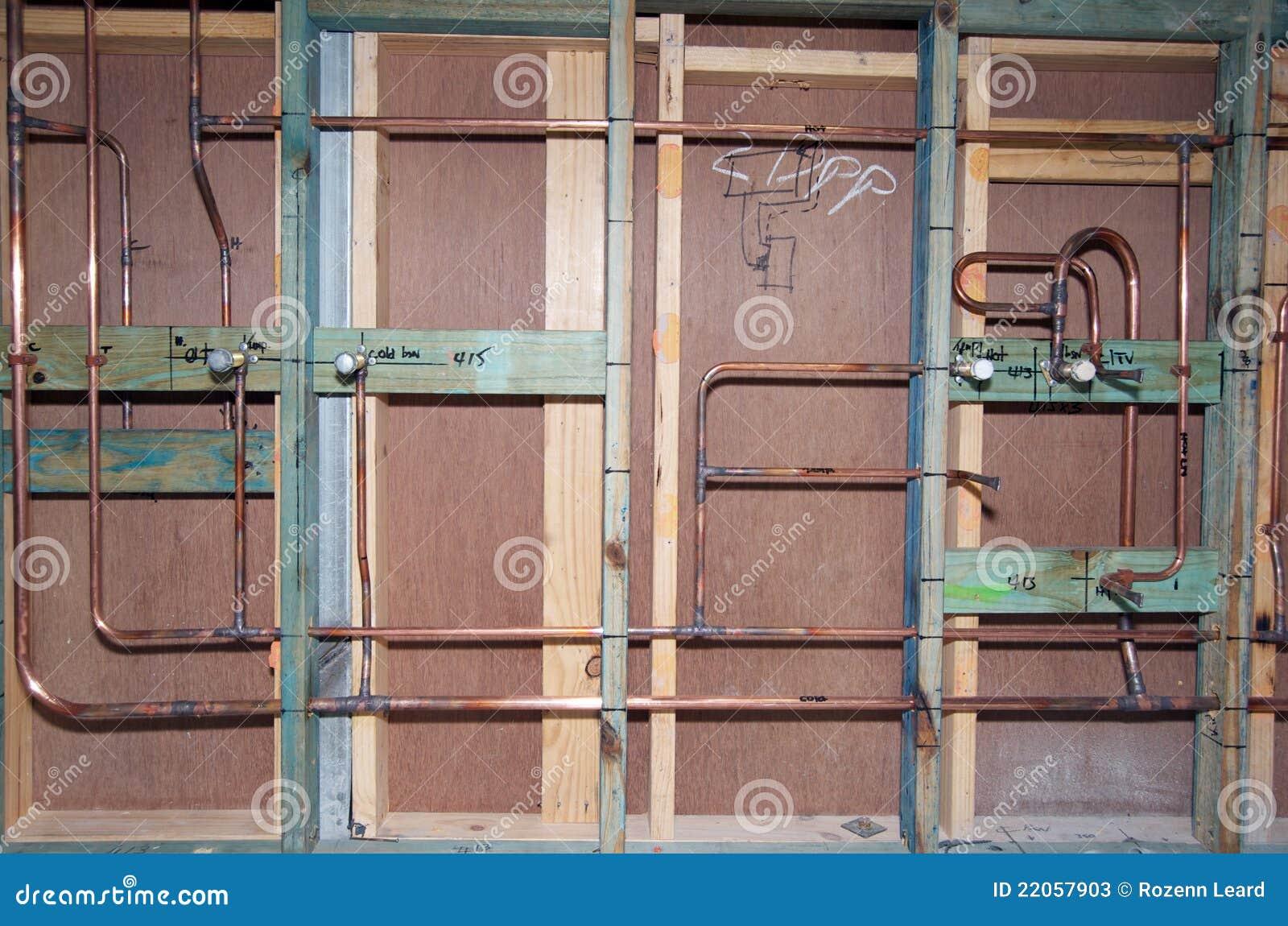 Tubi dell 39 impianto idraulico immagine stock immagine di plumbing apparecchiatura 22057903 - Impianto idraulico casa ...