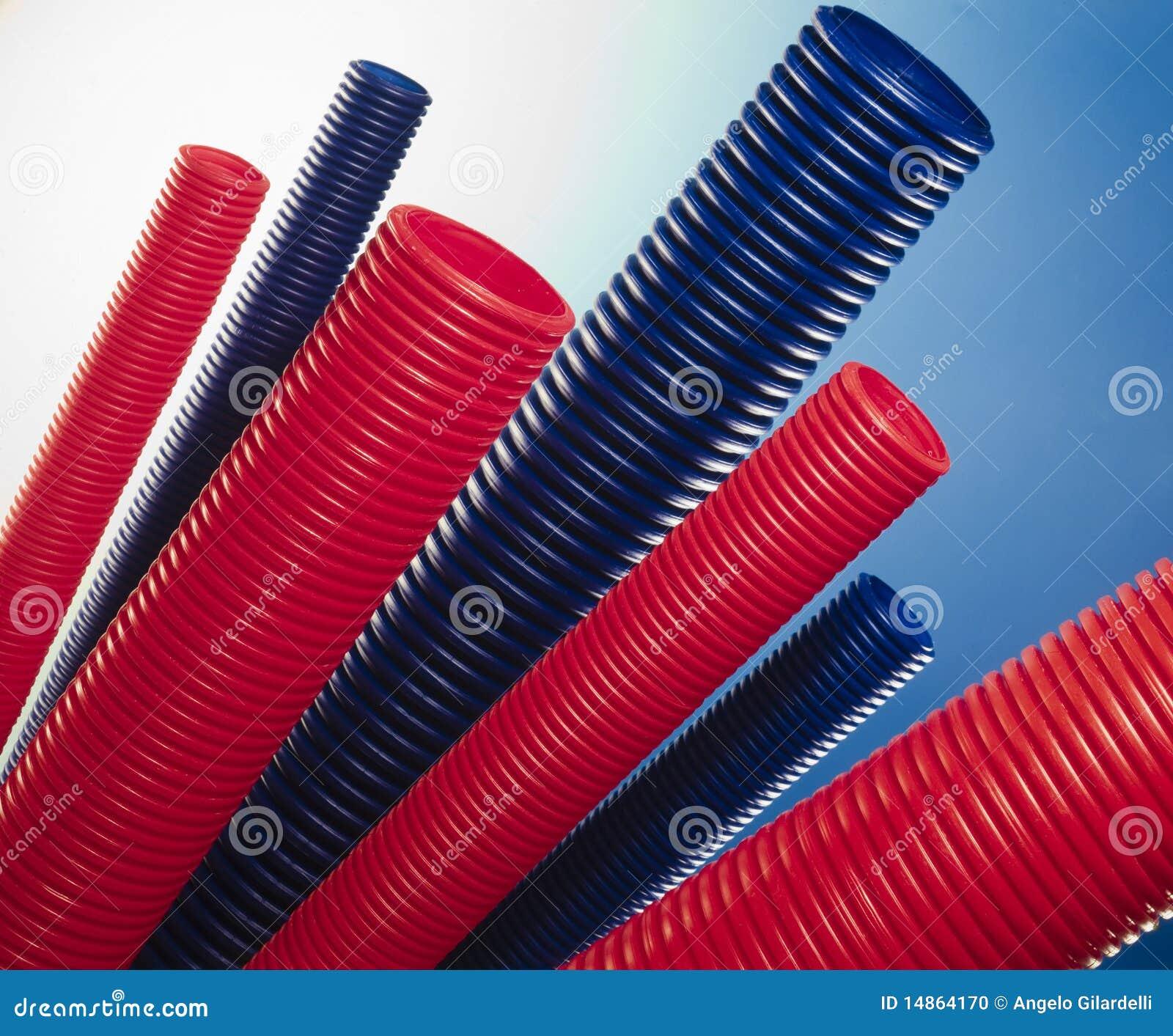 Tubi di plastica fotografia stock immagine 14864170 for Tipi di tubi idraulici in plastica