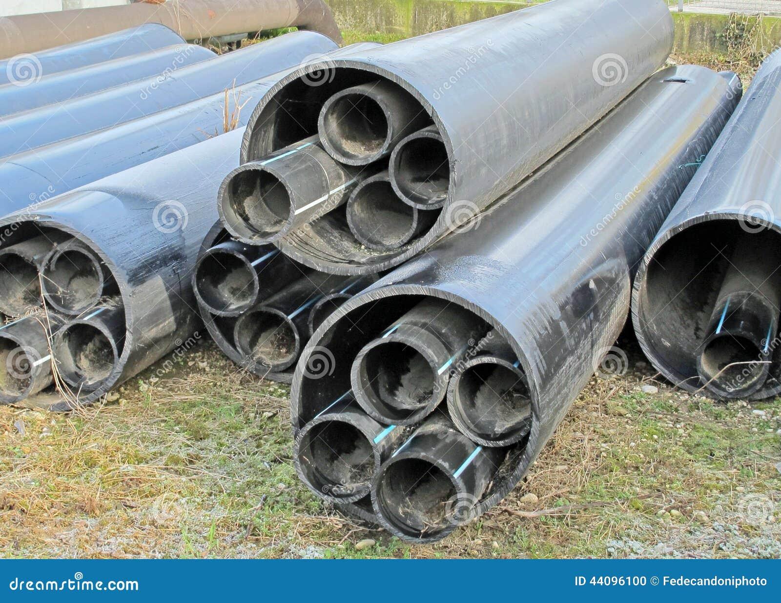 Tubi di plastica per il trasporto acqua e del gas for Tipi di tubi di plastica