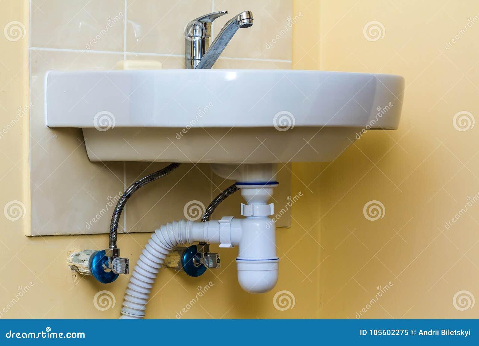 Tubo Scarico Lavandino Bagno tubi di scarico della fogna sotto il lavandino di cucina