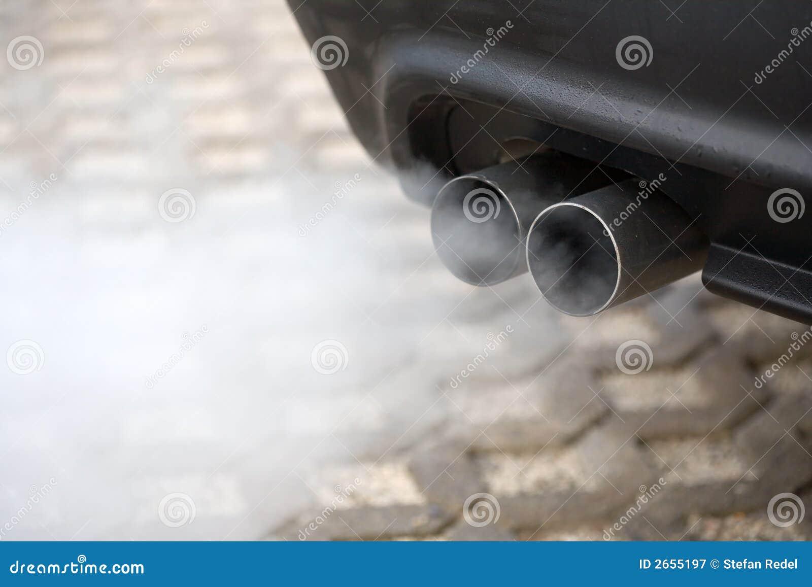 Tubo de escape de soplar del coche