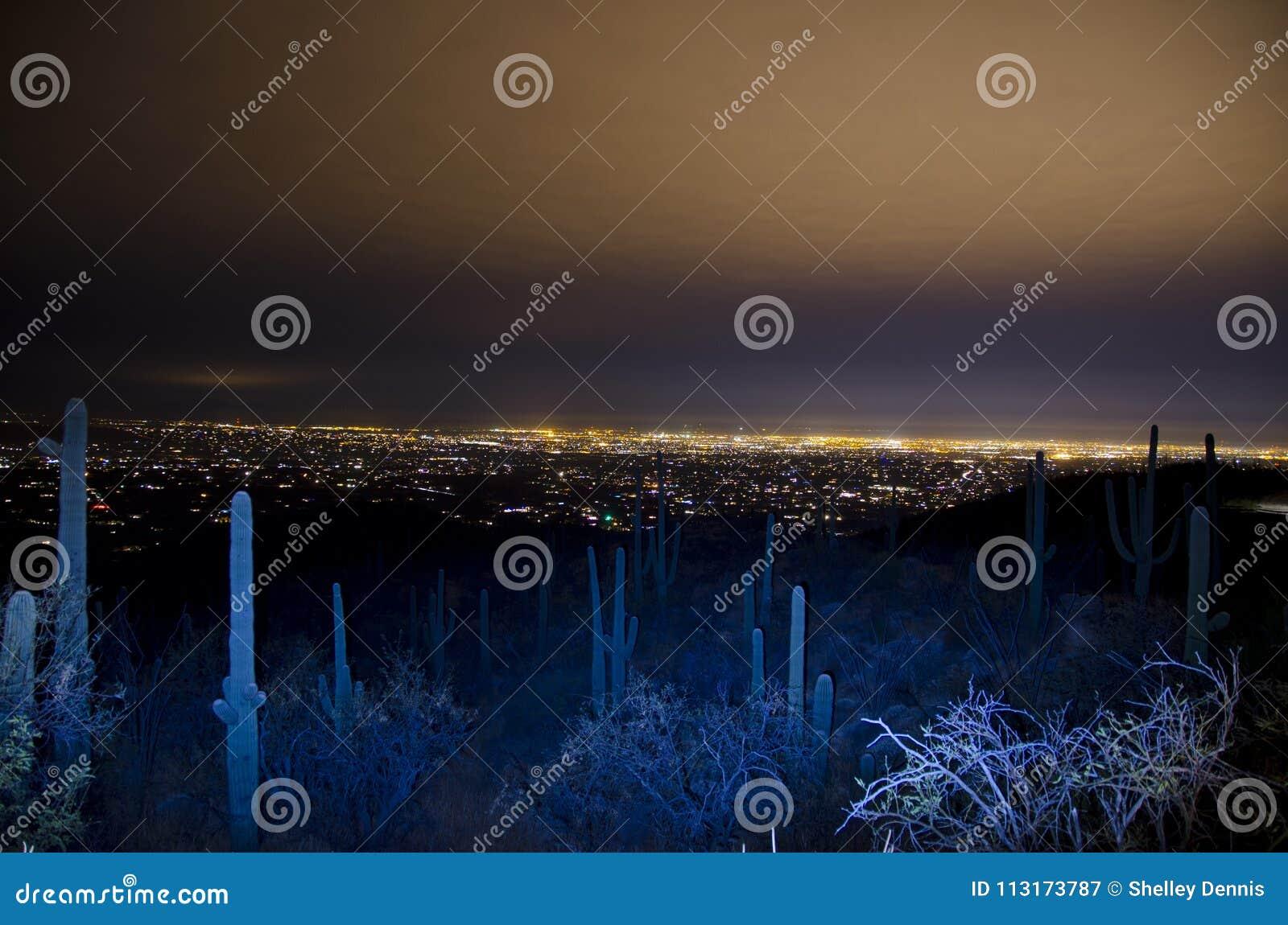 Tucson-Skyline nachts