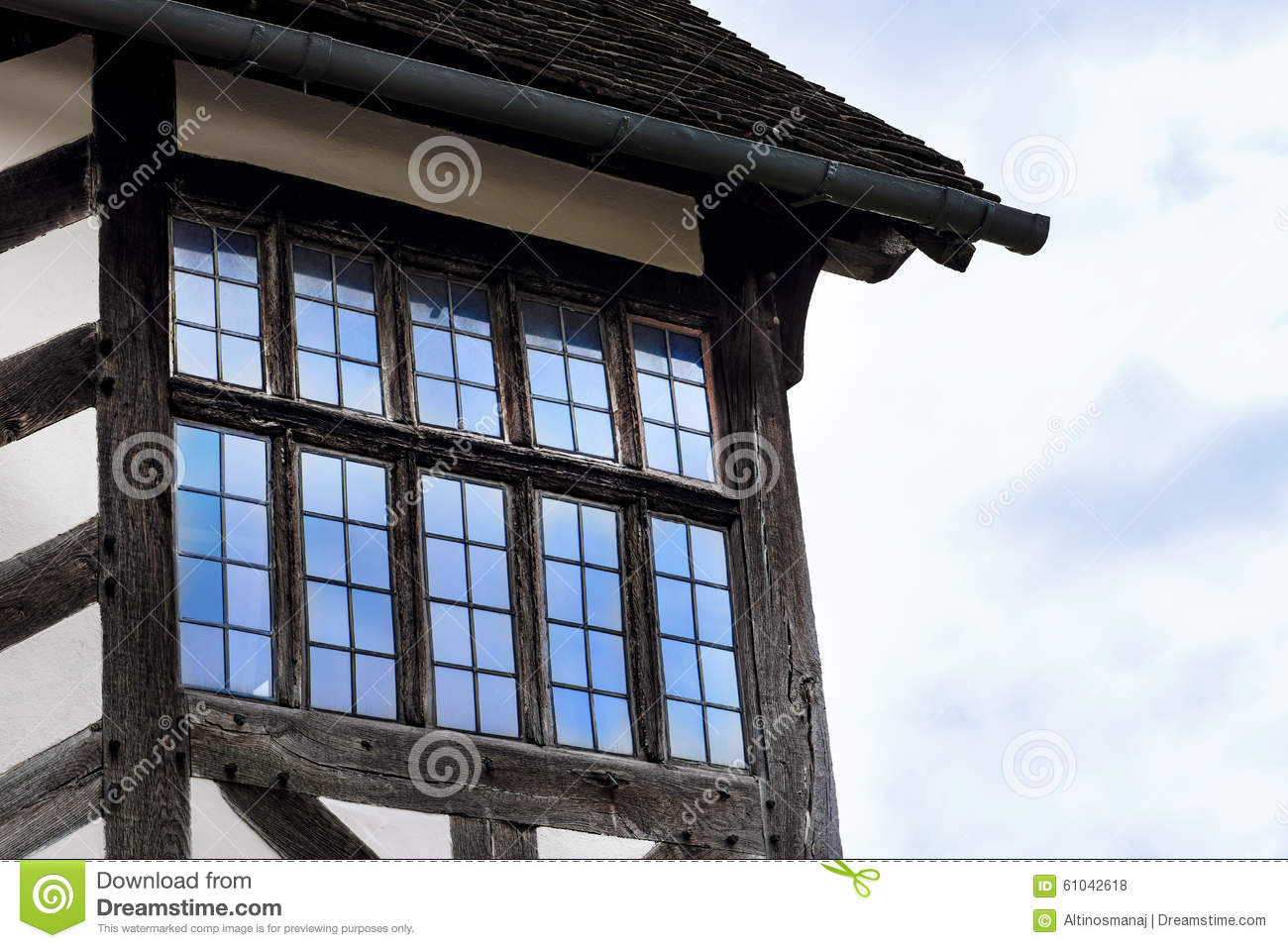 Bay window in tudor building chester england royalty for Bow window construction detail