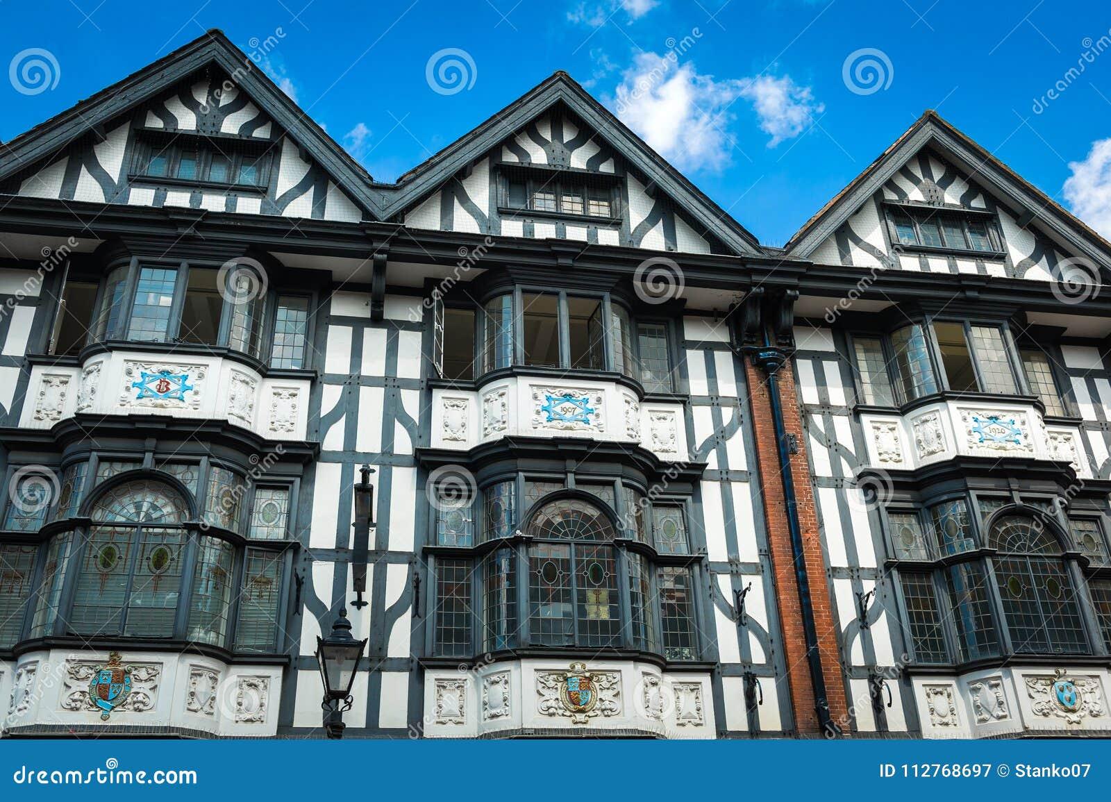 Tudor hus