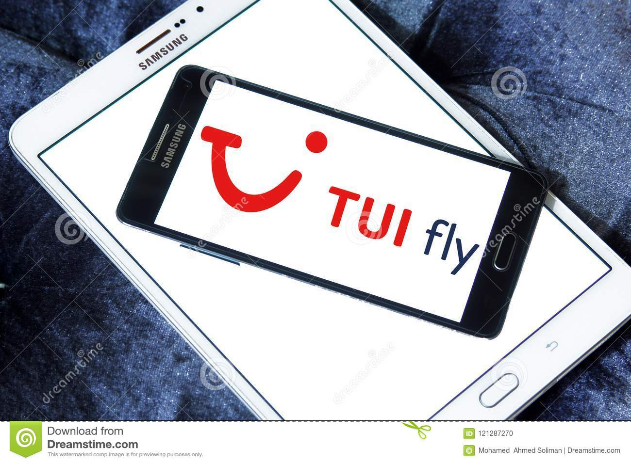 Logo Of TUI Fly On Samsung Mobile