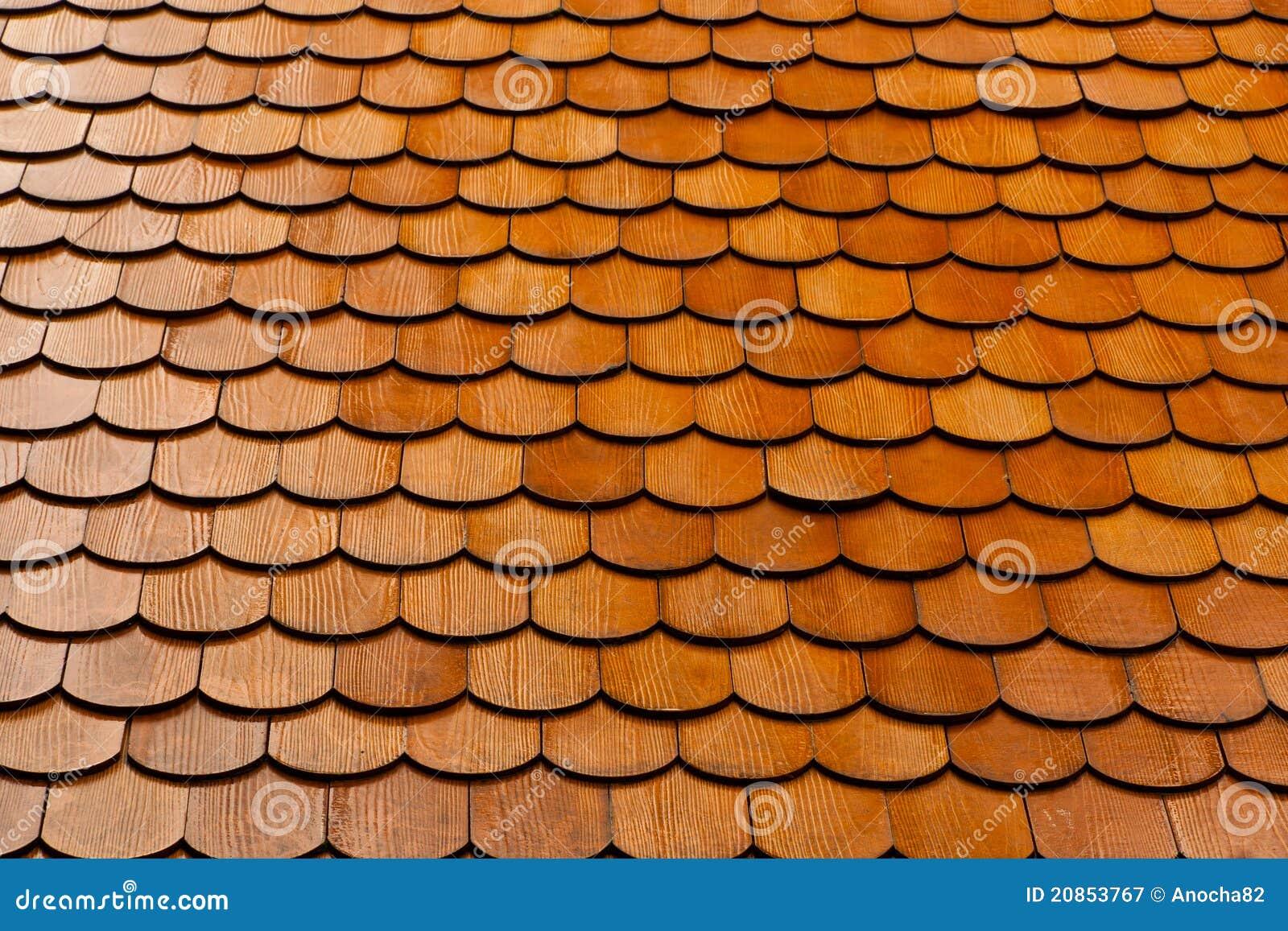 Tuile de toit image stock image du ligne bois toit 20853767 for Tuile de faitage prix