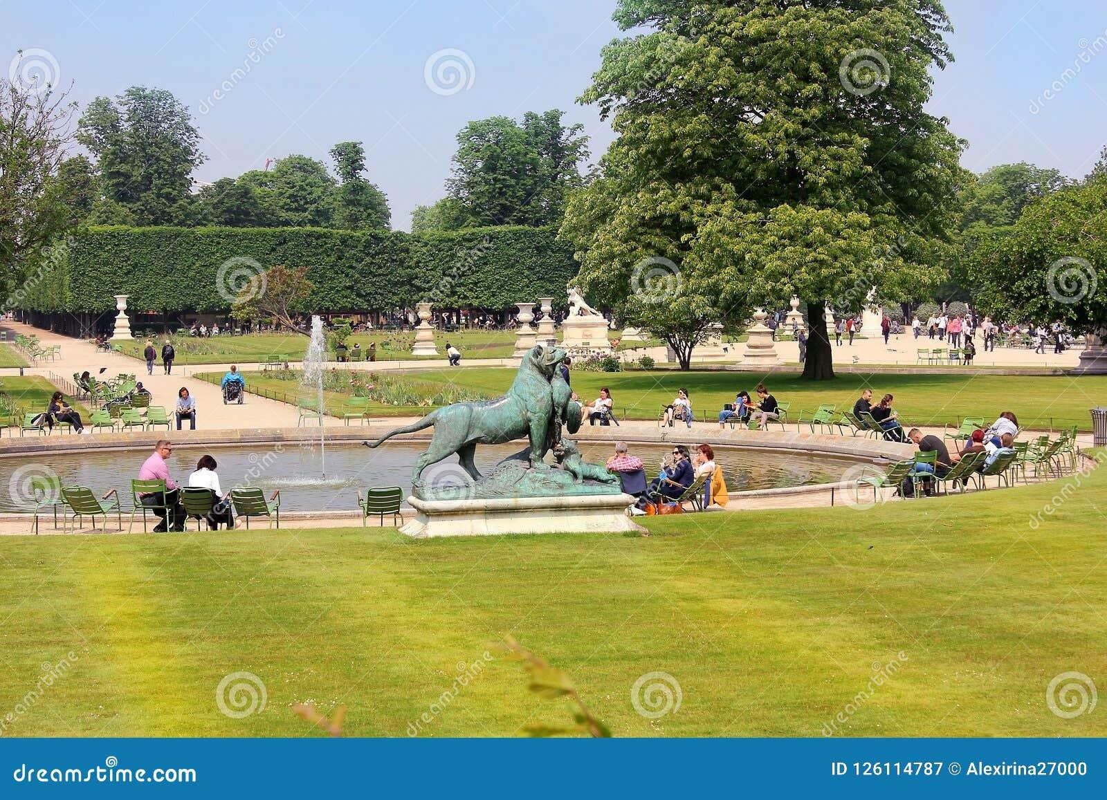 Tuileries Garden Jardin Des Tuileries In Paris Editorial Photography