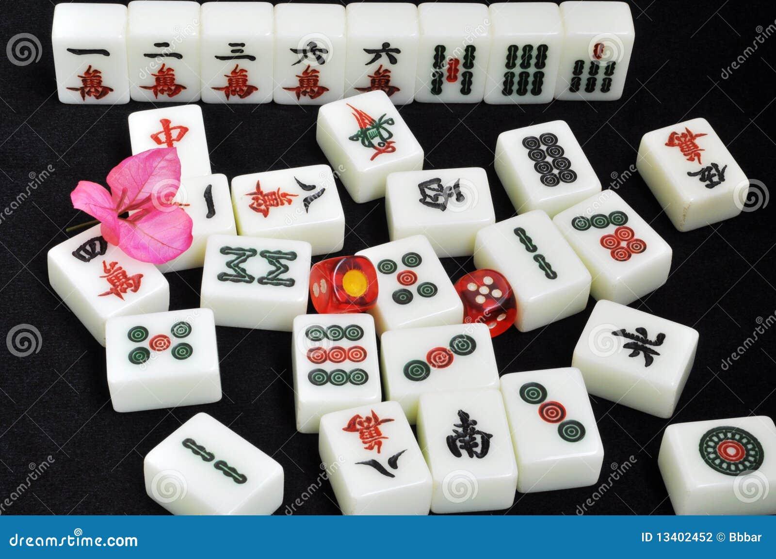 tuiles de mahjong sur le fond noir photo stock image. Black Bedroom Furniture Sets. Home Design Ideas