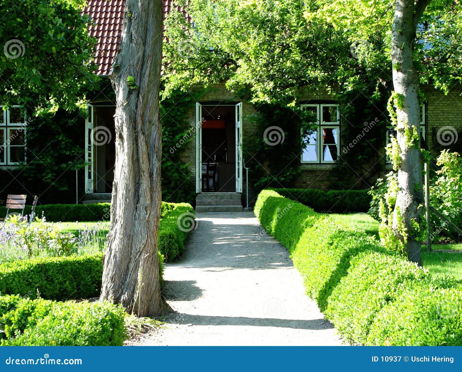 Tuin + huis