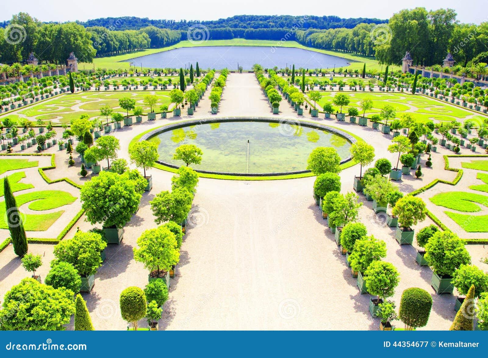 Paleis Van Versailles Tuin.Tuin Van Het Paleis Van Versailles Parijs Frankrijk Stock