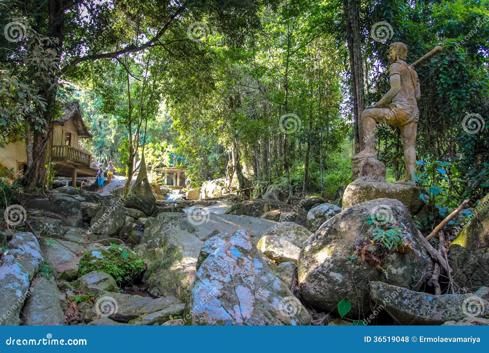 De Magische Tuin : Tuin van tanim de magische boedha stock foto afbeelding