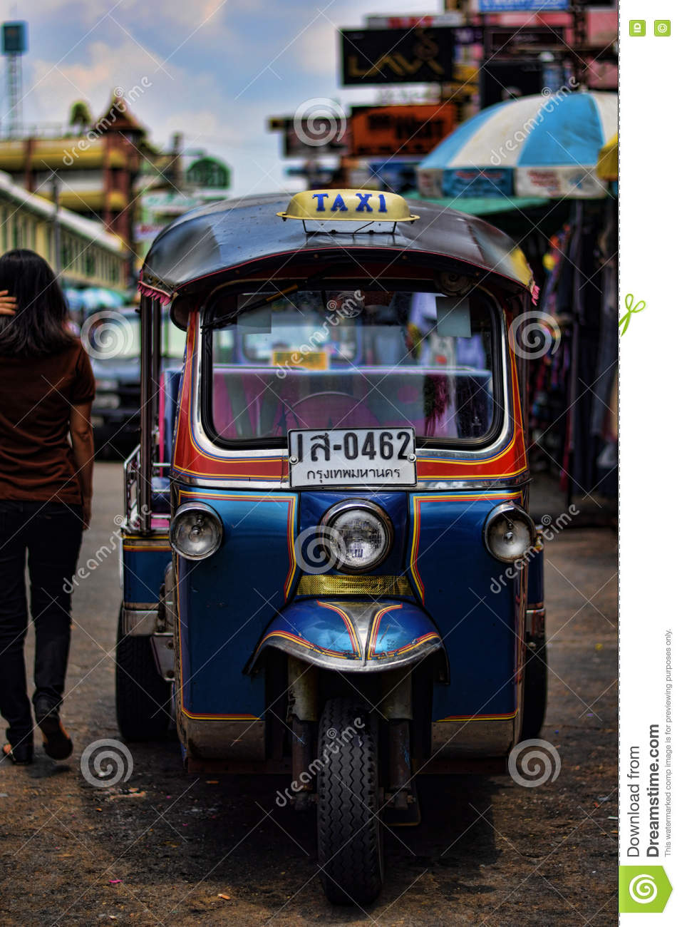 small tuk tuk taxis wait for passengers in the place de la. Black Bedroom Furniture Sets. Home Design Ideas