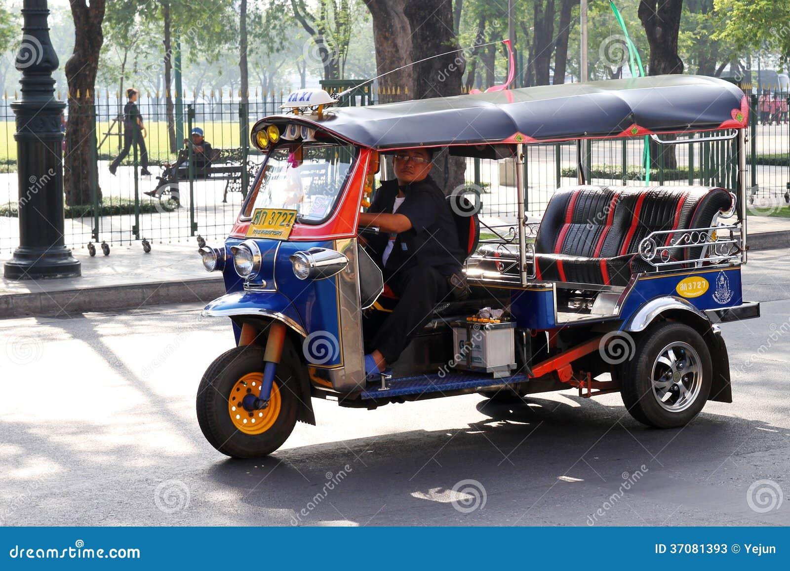 Download TUKU TUK Tajlandia taxi zdjęcie stock editorial. Obraz złożonej z pojazd - 37081393