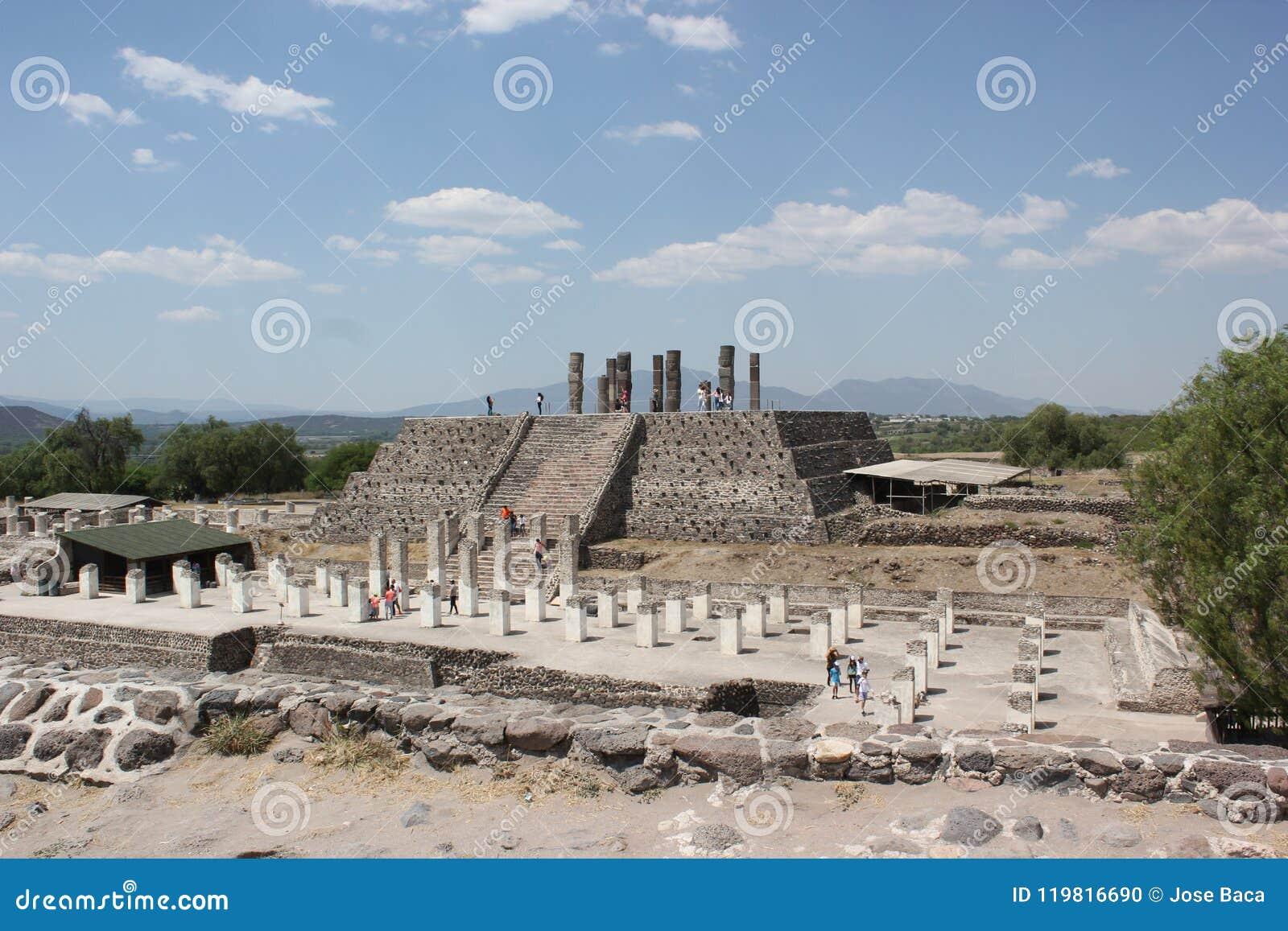 Tula Site Pyramid B ou pirâmide de Quetzalcoatl